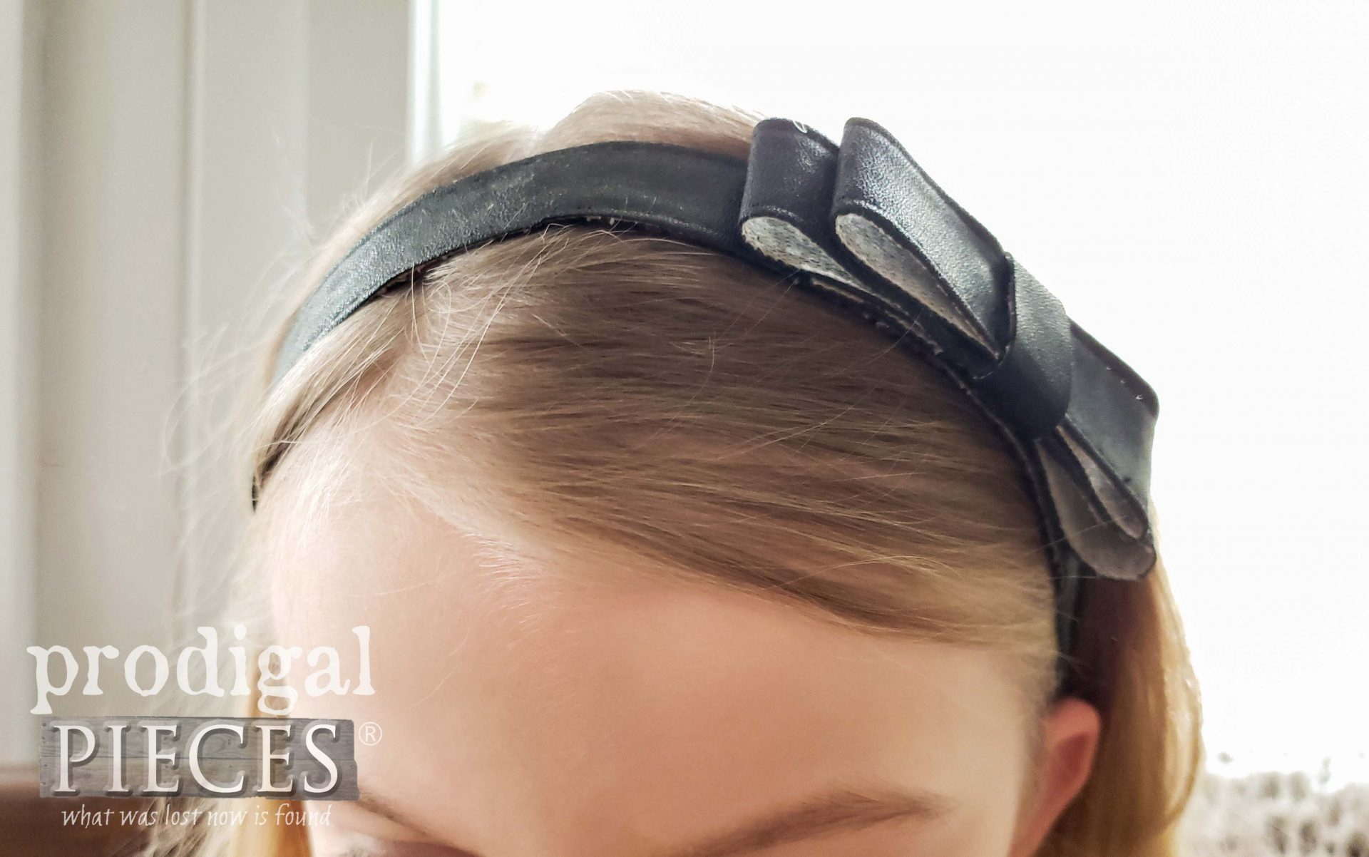 DIY Leather Headband from Upcycled Leather Purse by Prodigal Pieces | prodigalpieces.com