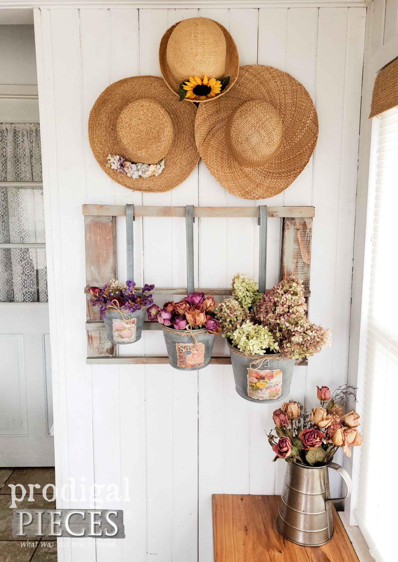 Dried Floral Farmhouse Decor from Upcycled Christmas Decor | Video Tutorial by Larissa of Prodigal Pieces | prodigalpieces.com #prodigalpieces #farmhouse #diy #upcycled #floral