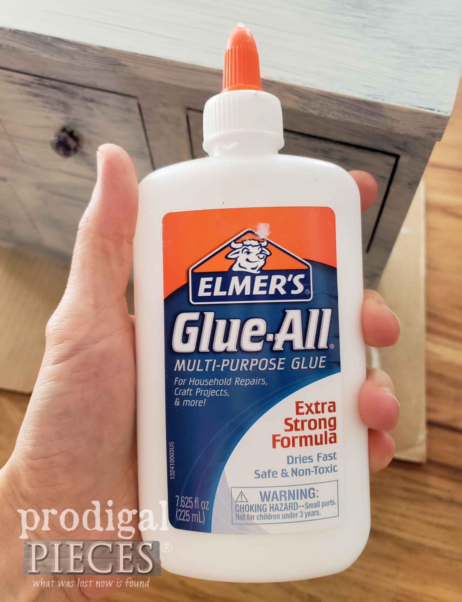 Elmer's School Glue for Crackle Paint Technique | prodigalpieces.com