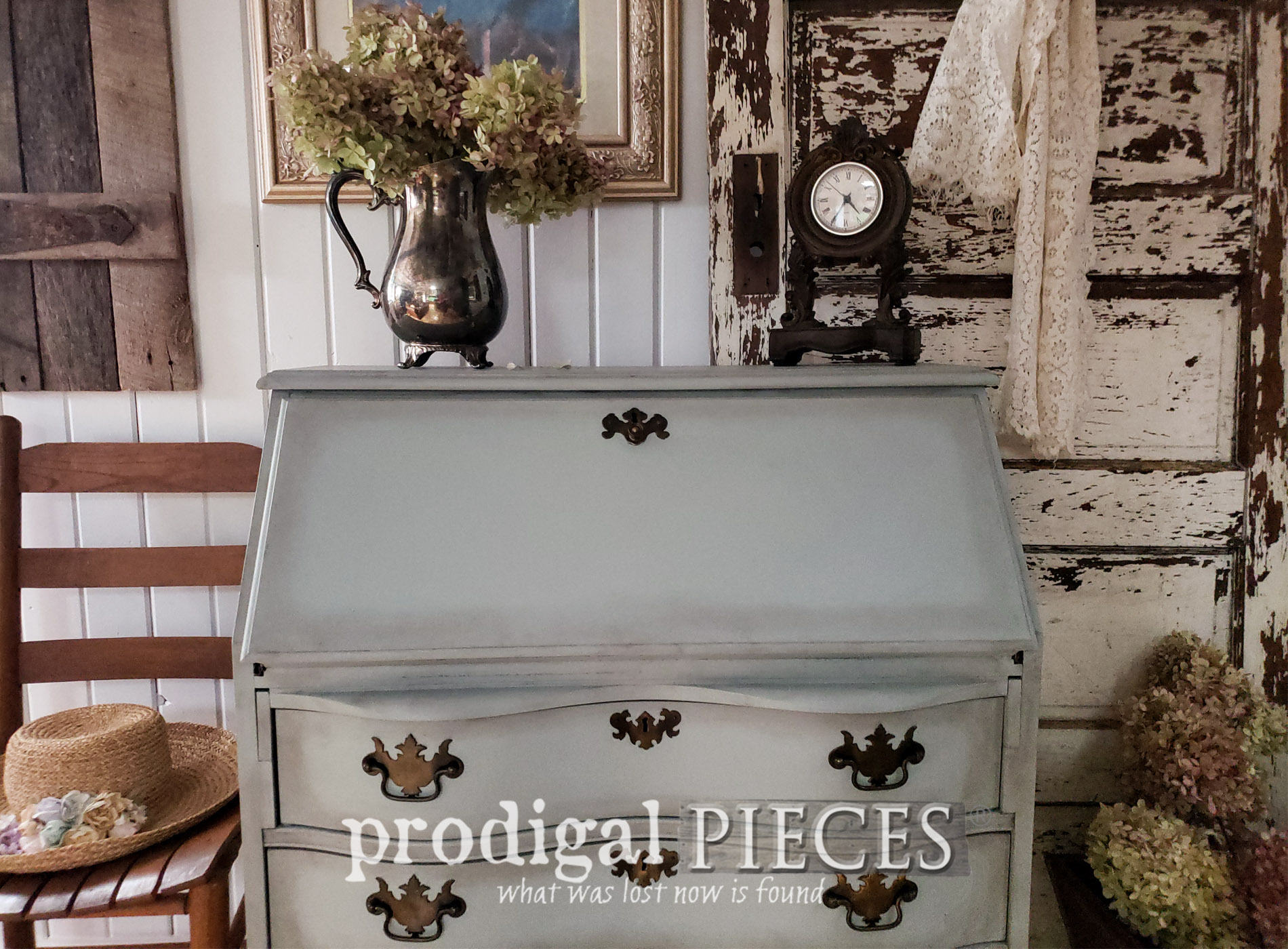Featured Vintage Secretary Desk with Oodles of Storage by Larissa of Prodigal Pieces | prodigalpieces.com #prodigalpieces #diy #home #furniture #homedecor #farmhouse