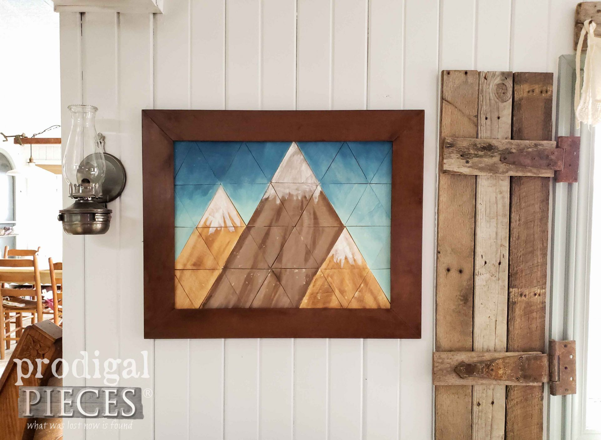 Geometric Mountain Art Created and Painted by Larissa of Prodigal Pieces | prodigalpieces.com #prodigalpieces #art #home #homedecor #farmhouse #modern