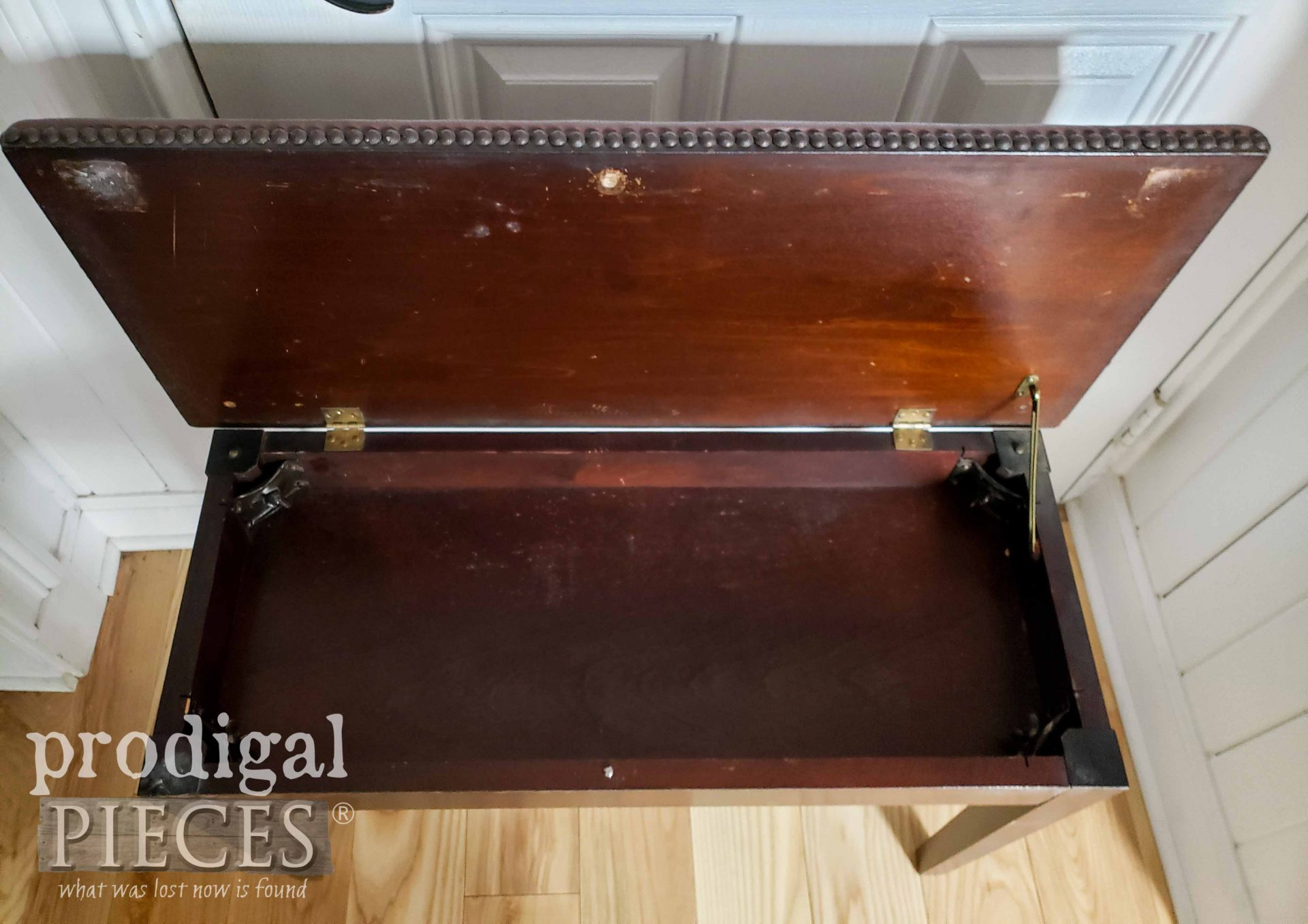 Open Vintage Piano Bench Makeover by Prodigal Pieces | prodigalpieces.com