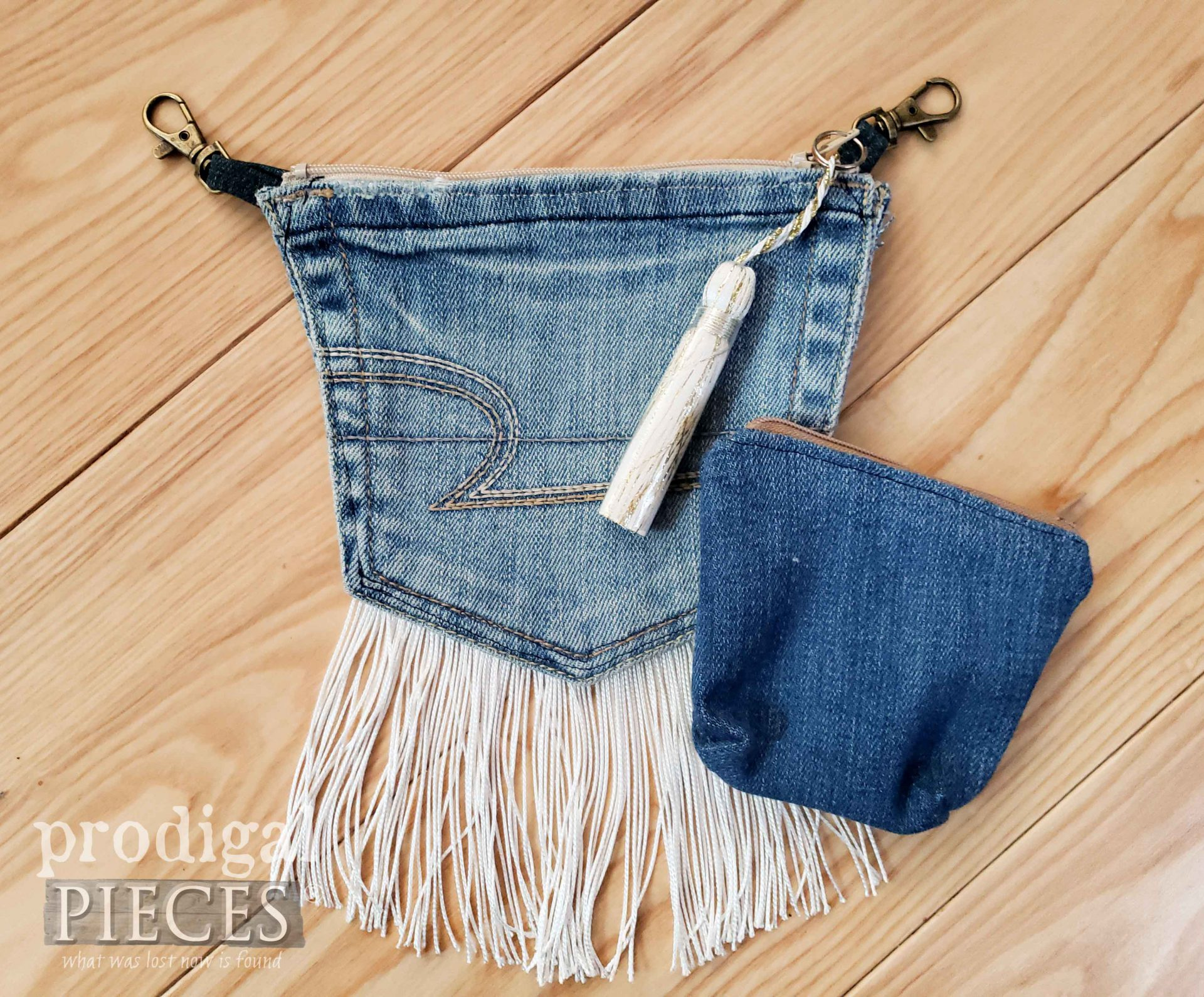Cute Belt-Loop Beige Purse made from Upcycled Denim Jeans by Larissa of Prodigal Pieces | prodigalpieces.com #prodigalpieces #diy #fashion #crafts #style #women #bags