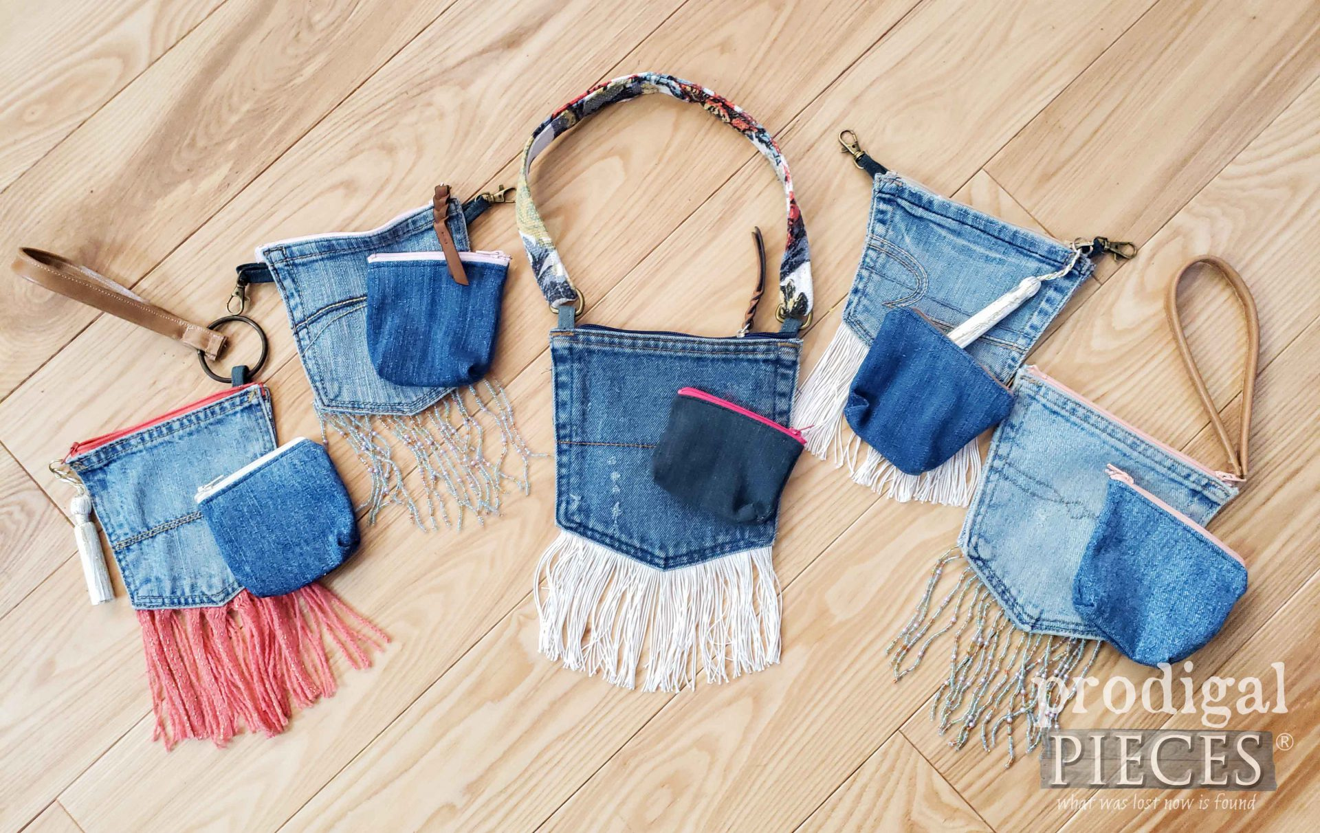 Handmade Upcycled Denim Pocket Purse Selection Created by Larissa of Prodigal Pieces | prodigalpieces.com #prodigalpieces #diy #handmade #crafts #fashion #style #boho #farmhouse