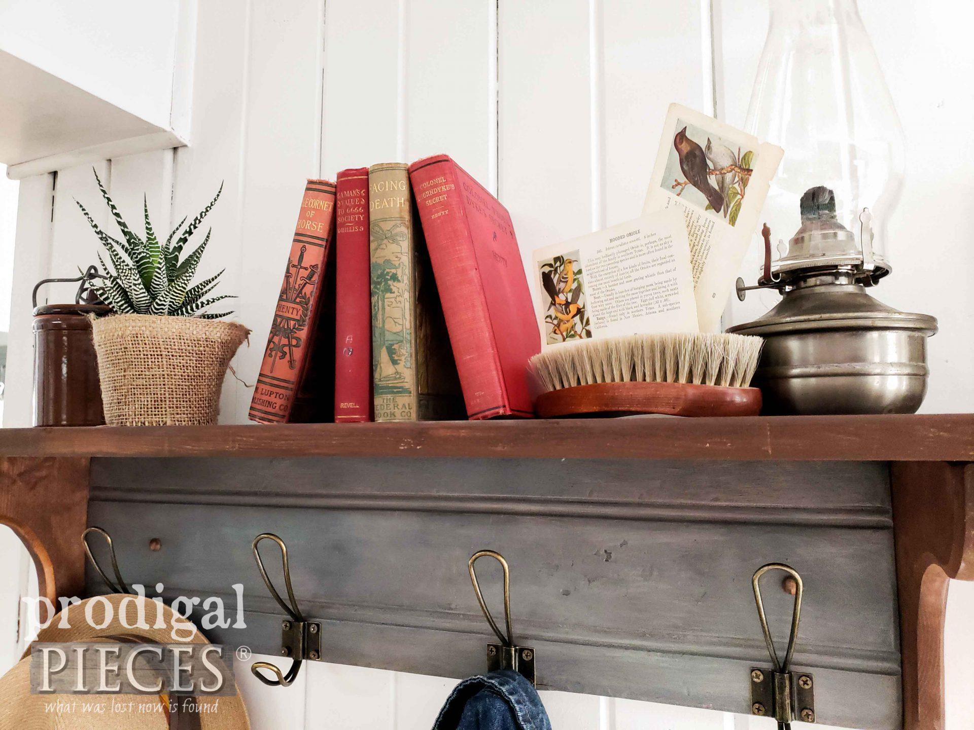 DIY Farmhouse Decor by Larissa of Prodigal Pieces   prodigalpieces.com #prodigalpieces #fleamarket #farmhouse #diy #home #homedecor