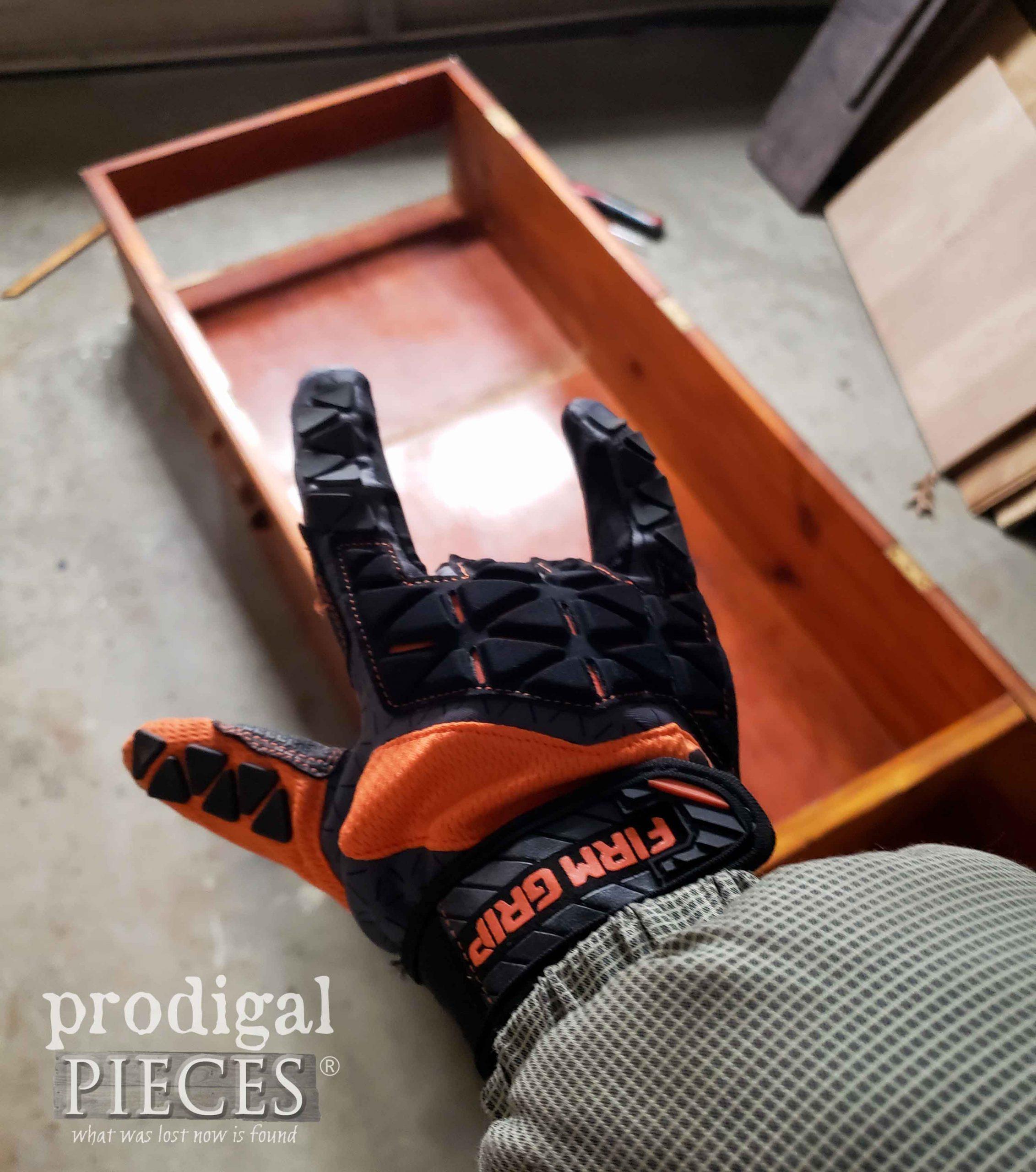 DIY Work Gloves on Larissa of Prodigal Pieces | prodigalpieces.com