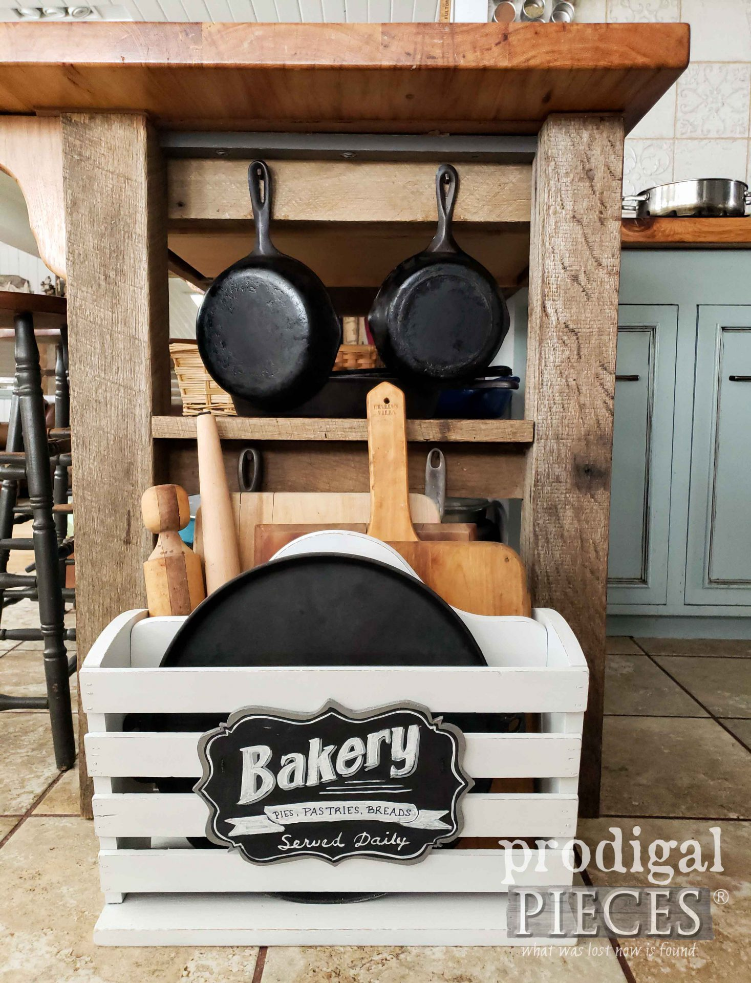 Rustic Farmhouse Kitchen Storage by Larissa of Prodigal Pieces | prodigalpieces.com #prodigalpieces #diy #storage #home #farmhouse #homedecor