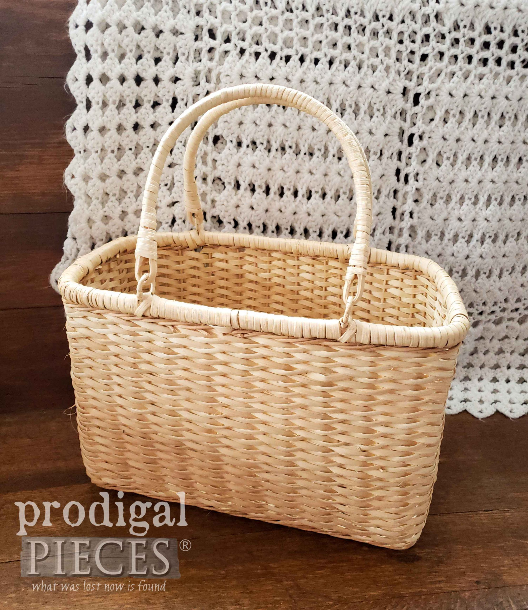 Thrifted Basket Before Picnic Makeover by Larissa of Prodigal Pieces | prodigalpieces.com