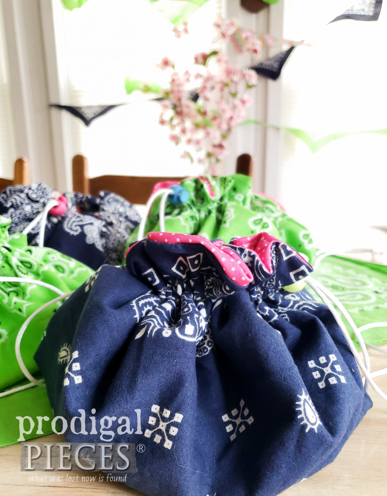 Blue Bandana Drawstring Bag by Larissa of Prodigal Pieces | prodigalpieces.com #prodigalpieces #handmade #sewing #fashion #bag