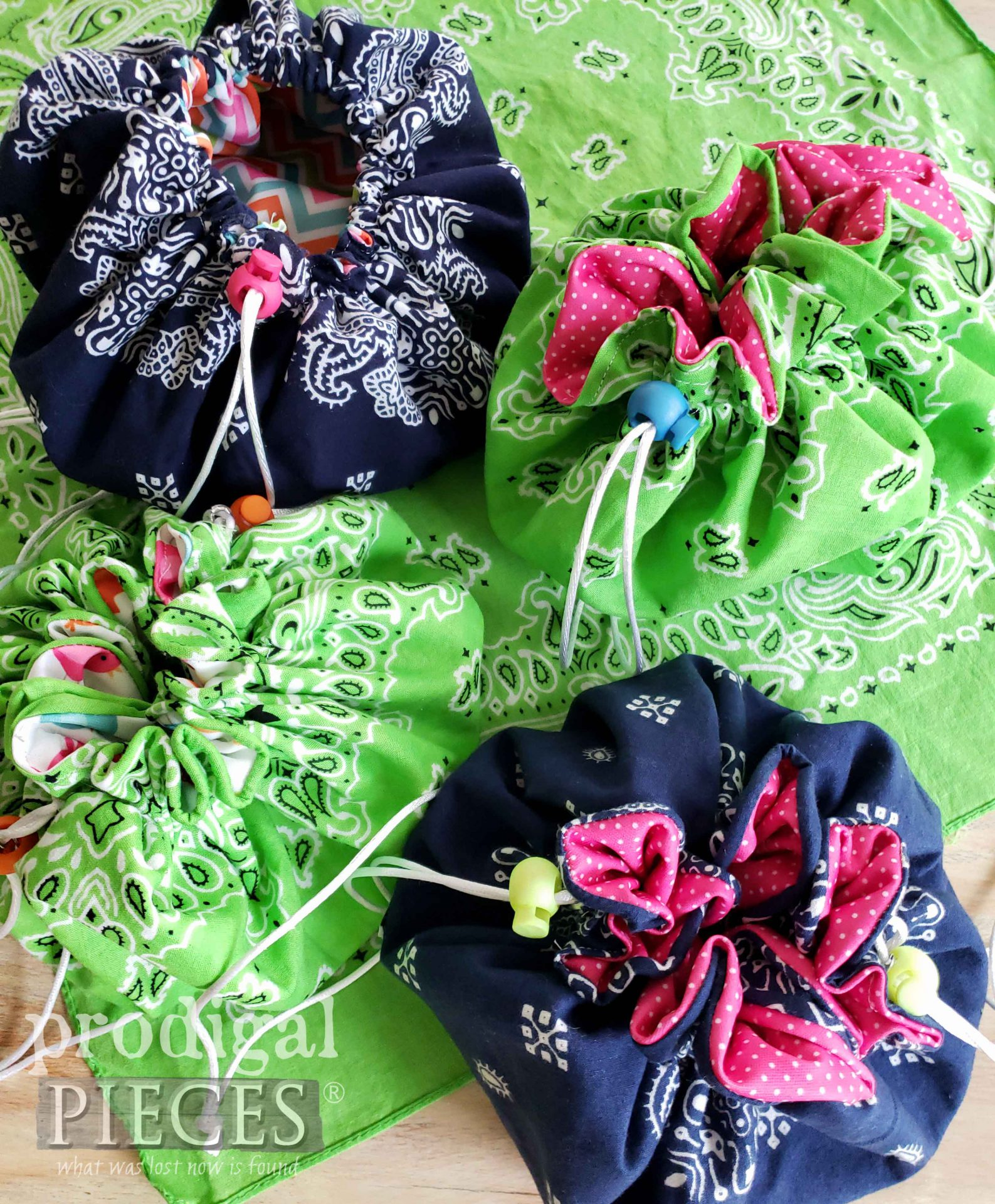 DIY Bandana Drawstring Bag with Video Tutorial by Larissa of Prodigal Pieces | prodigalpieces.com #prodigalpieces #diy #sewing #fashion #upcycle #refashion #handmade