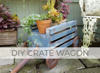 Perfect for any season, this DIY crate wagon is adorable! Free plans by Larissa of Prodigal Pieces | prodigalpieces.com #prodigalpieces