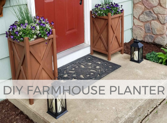 Build a farmhouse style planter with these free build plans from Larissa of Prodigal Pieces | prodigalpieces.com #prodigalpieces