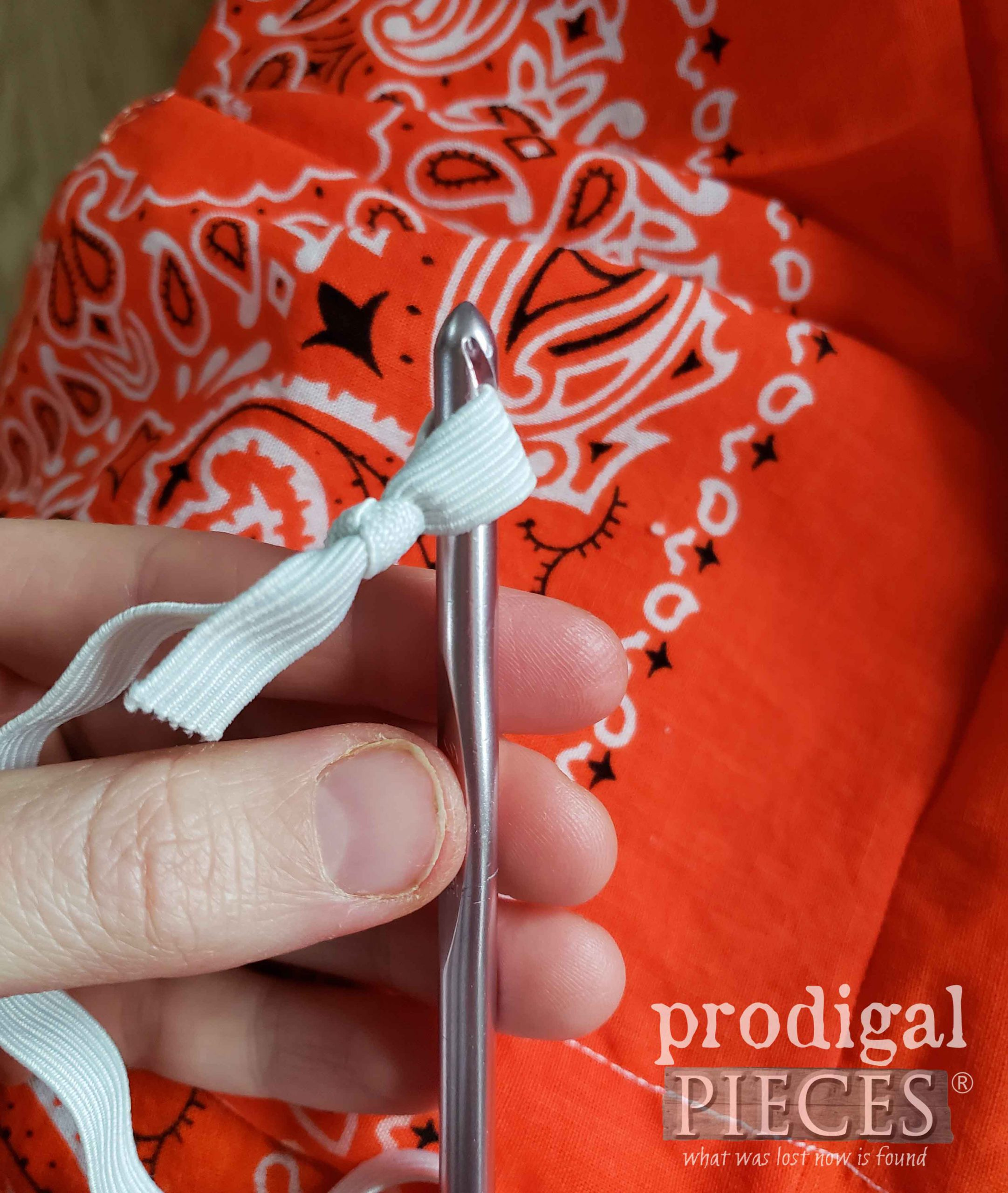 Threading Elastic into Bandana Skirt | prodigalpieces.com