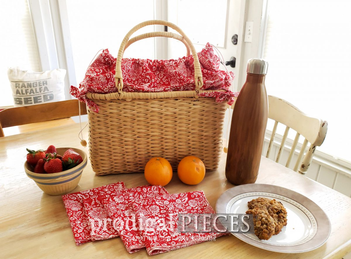 Featured DIY Insulated Picnic Basket with Cloth Napkins by Larissa of Prodigal Pieces | prodigalpieces.com #prodigalpieces #diy #picnic #basket #farmhouse #cottage #summer