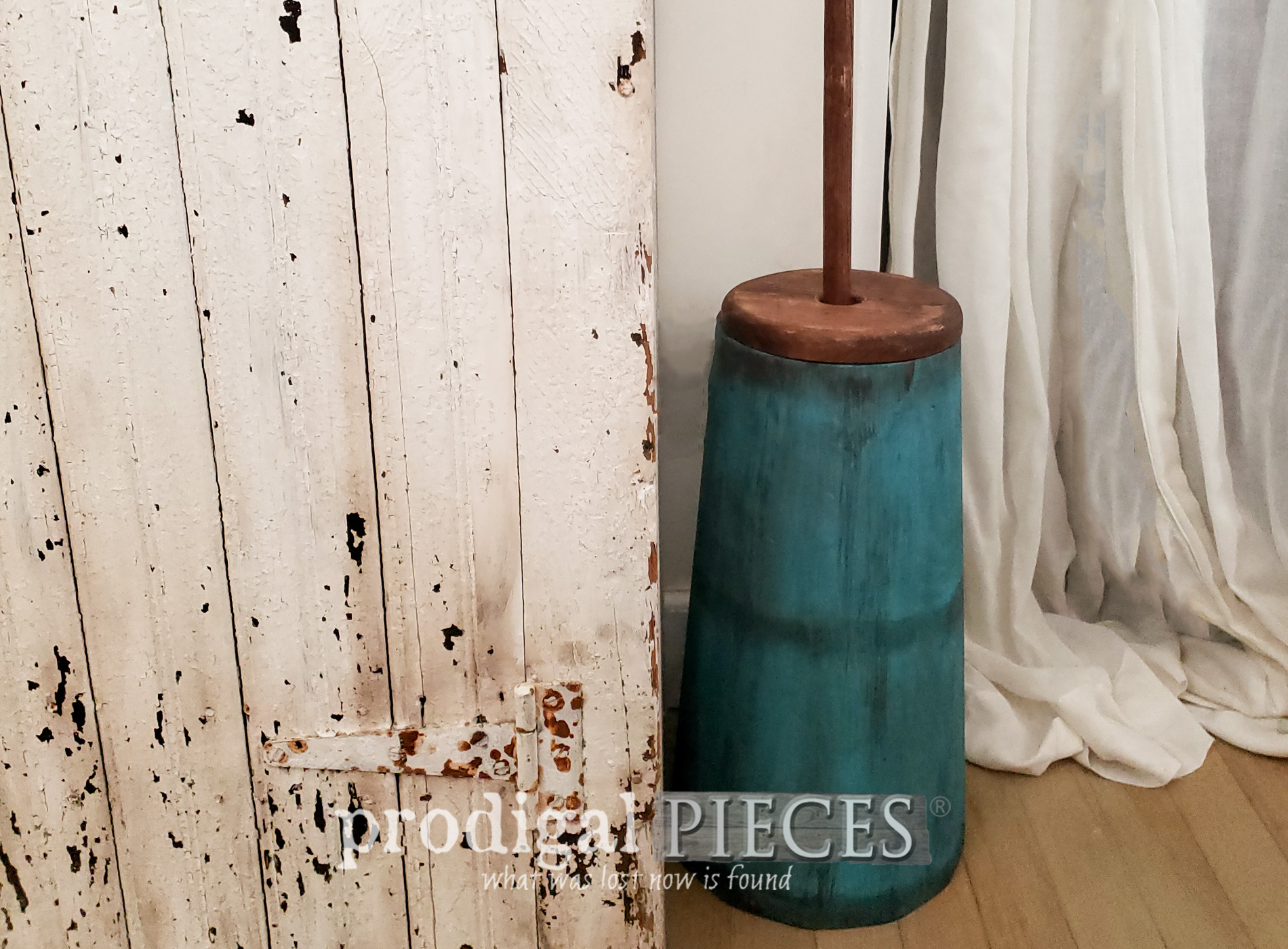 Featured Farmhouse Butter Churn by Larissa of Prodigal Pieces | prodigalpieces.com #prodigalpieces #farmhouse #home #homedecor #diy
