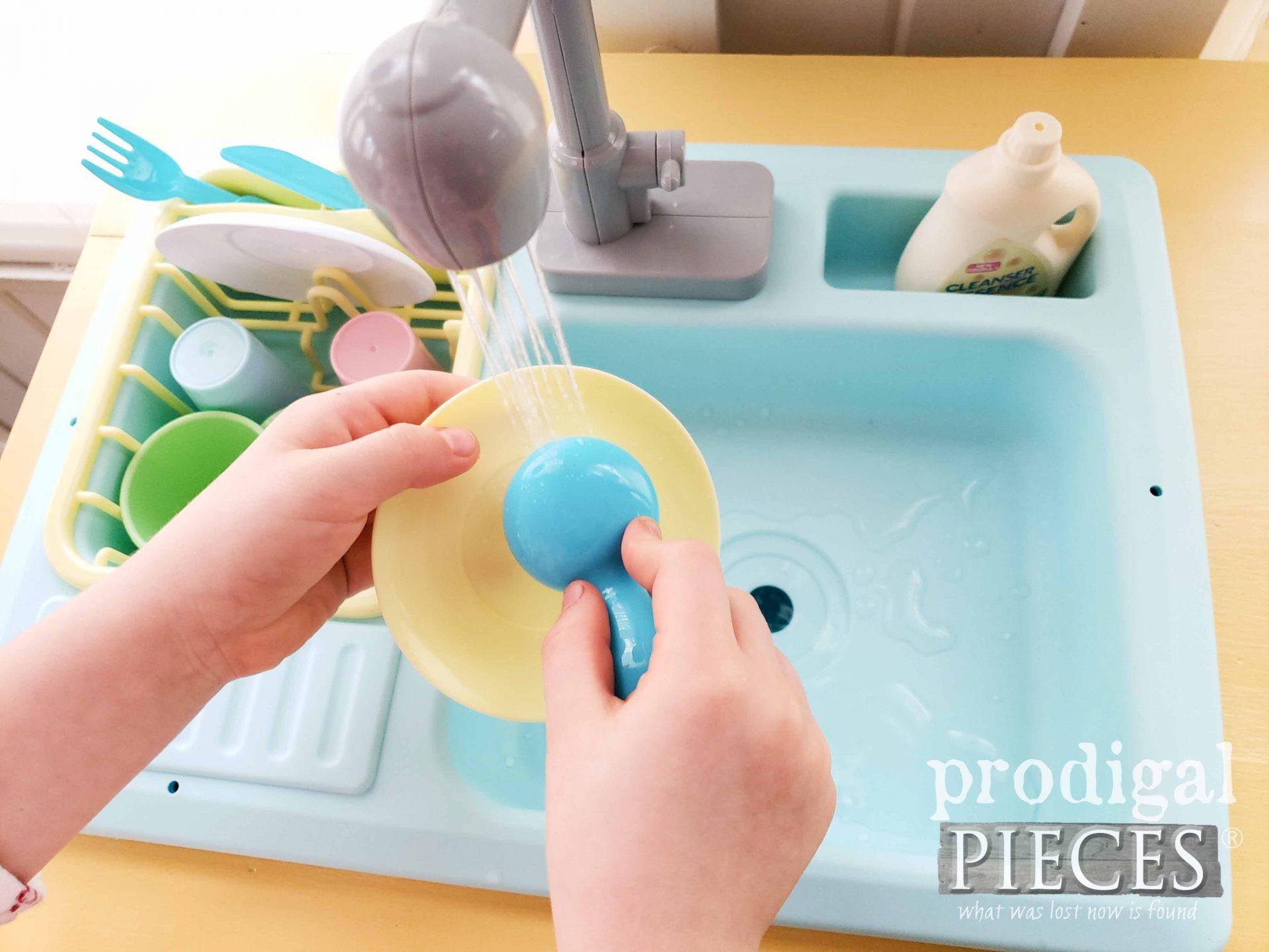 Pretend Play Working Kitchen Sink by Larissa of Prodigal Pieces | prodigalpieces.com #prodigalpieces #diy #kids #play #furniture