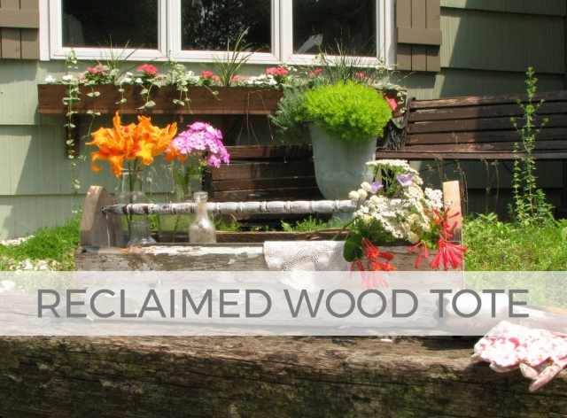 Build a reclaimed wood tote with tutorial by Larissa of Prodigal Pieces | prodigalpieces.com #prodigalpieces