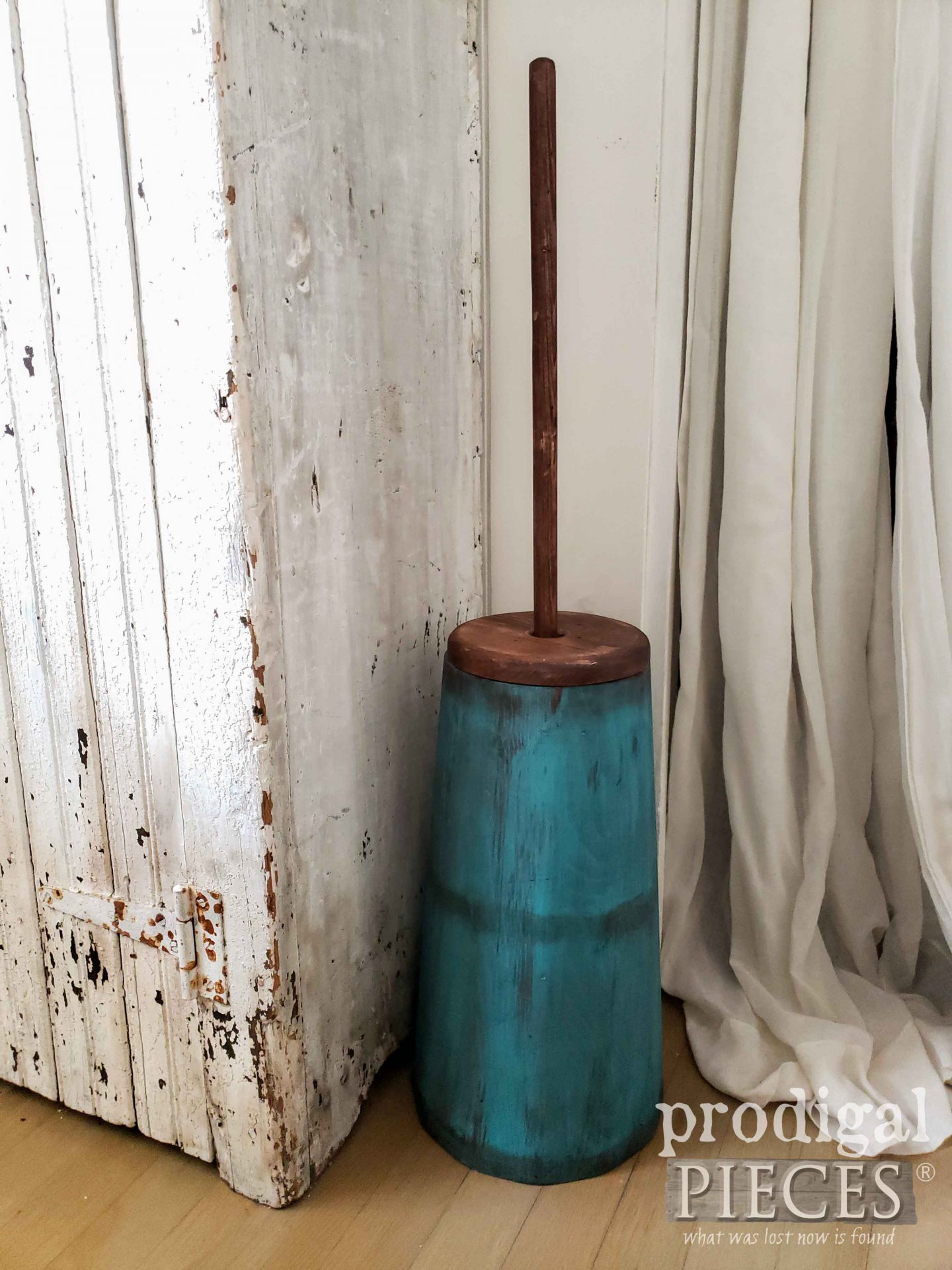 Rustic Farmhouse Butter Churn in Aqua Blue Paint by Larissa of Prodigal Pieces | prodigalpieces.com #prodigalpieces #home #farmhouse #homedecor #blue