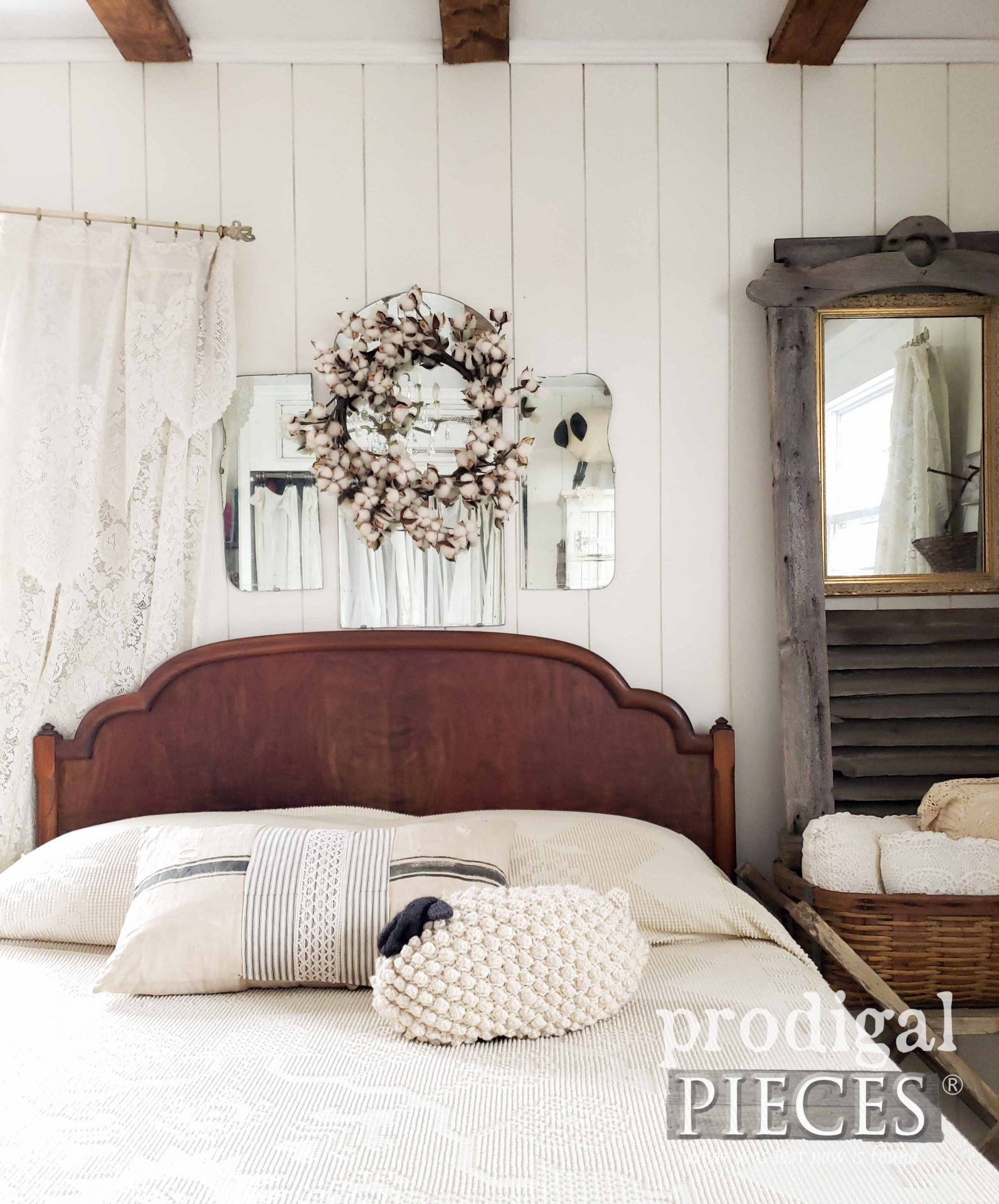 Antique Farmhouse Bedroom by Larissa of Prodigal Pieces | prodigalpieces.com #prodigalpieces #home #farmhouse #bedroom #homedecor