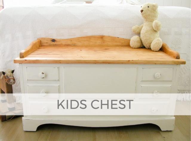 Kids Blanket Chest by Larissa of Prodigal Pieces | prodigalpieces.com #prodigalpieces