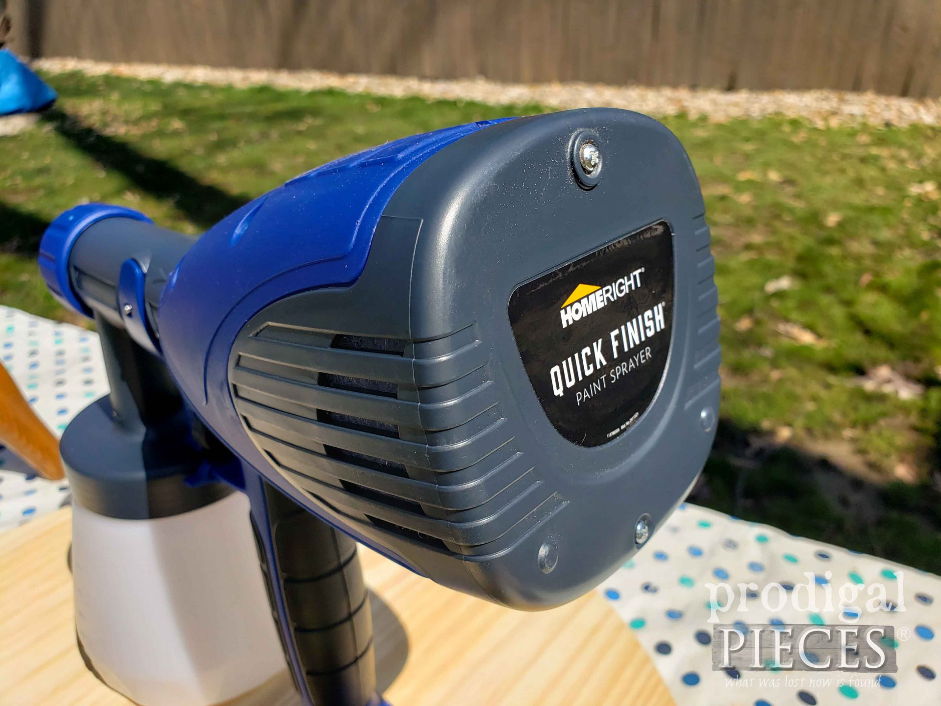 Brand New HomeRight Quick Finish Paint/Stain Sprayer featured by Larissa of Prodigal Pieces   prodigalpieces.com #prodigalpieces #tools