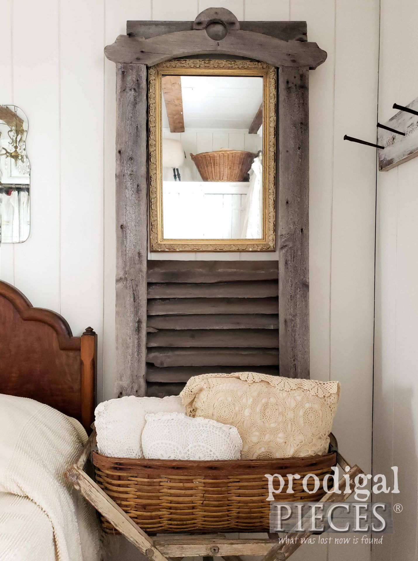 Rustic Farmhouse Antique Barn Vent Decor by Larissa of Prodigal Pieces | prodigalpieces.com #prodigalpieces #farmhouse #home #homedecor