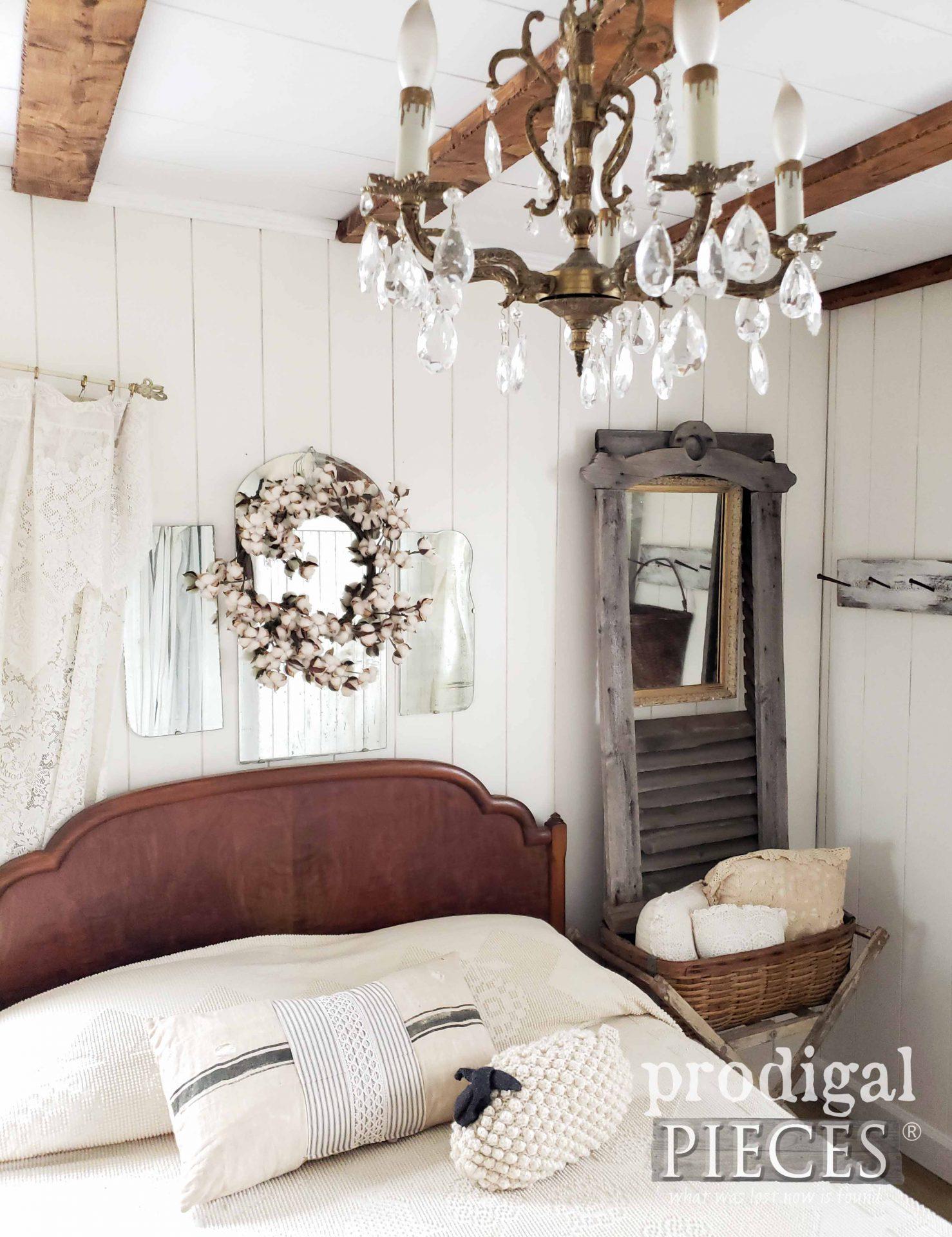 Antique Salvaged Farmhouse Home Decor by Larissa of Prodigal Pieces | prodigalpieces.com #prodigalpieces #farmhouse #home #bedroom #homedecor