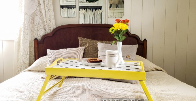 DIY Tiled Tray ~ A Thrifty Makeover
