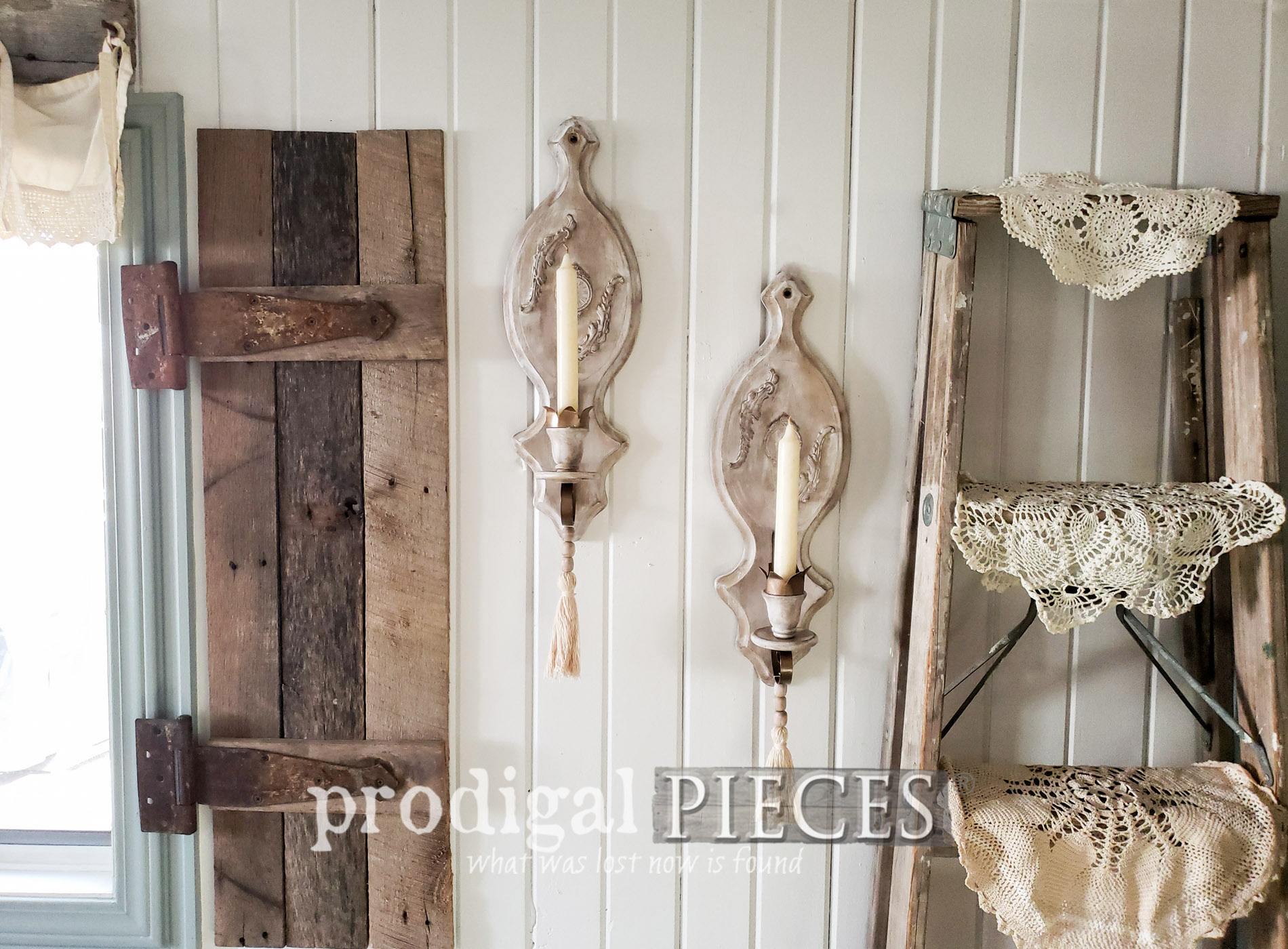 Featured Vintage Candle Sconces Made New by Larissa of Prodigal Pieces | prodigalpieces.com #prodigalpieces #diy #home #homedecor #farmhouse