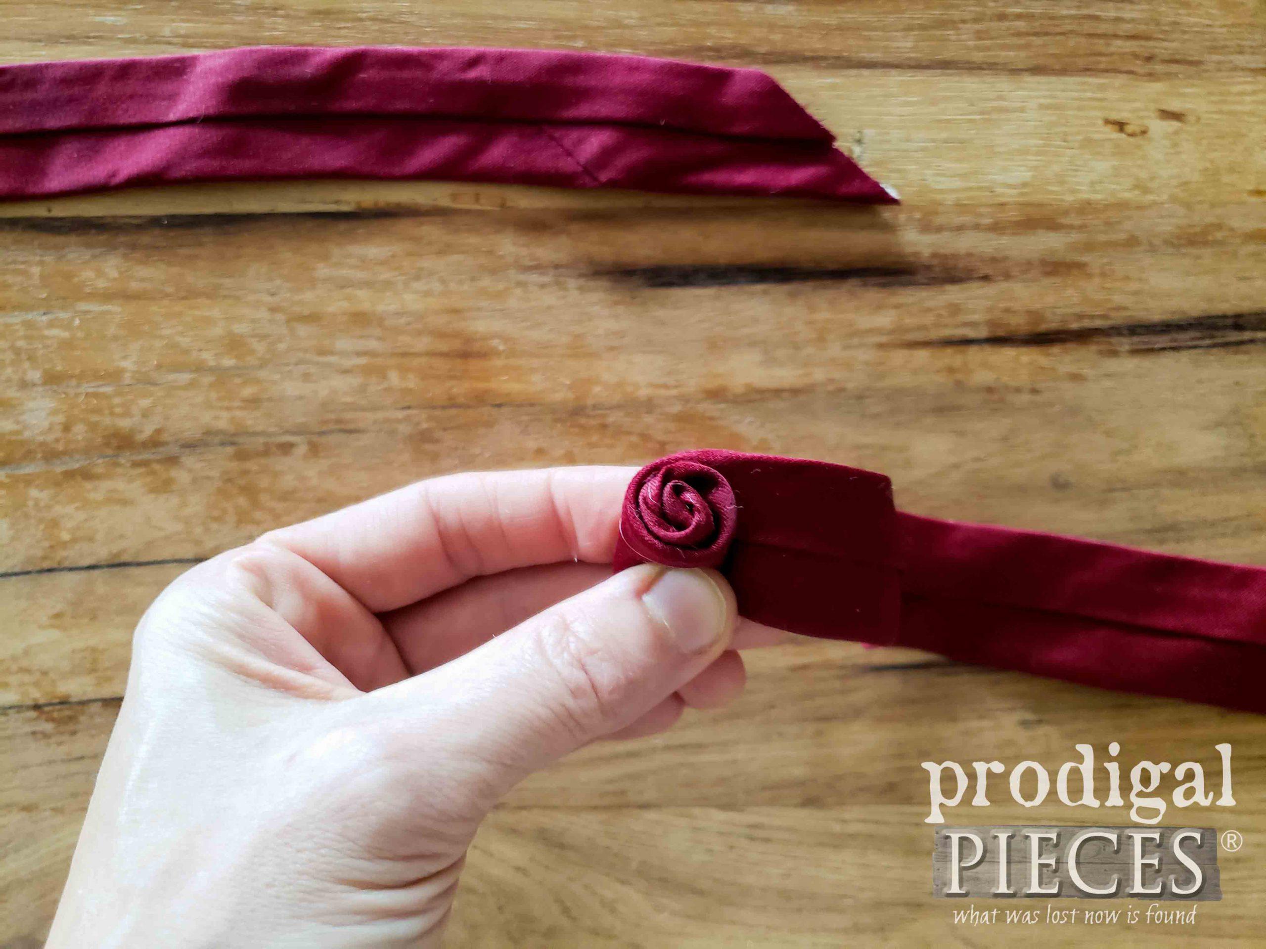 Making the Rosebud Necktie Boutonniere by Larissa of Prodigal Pieces   prodigalpieces.com #prodigalpieces