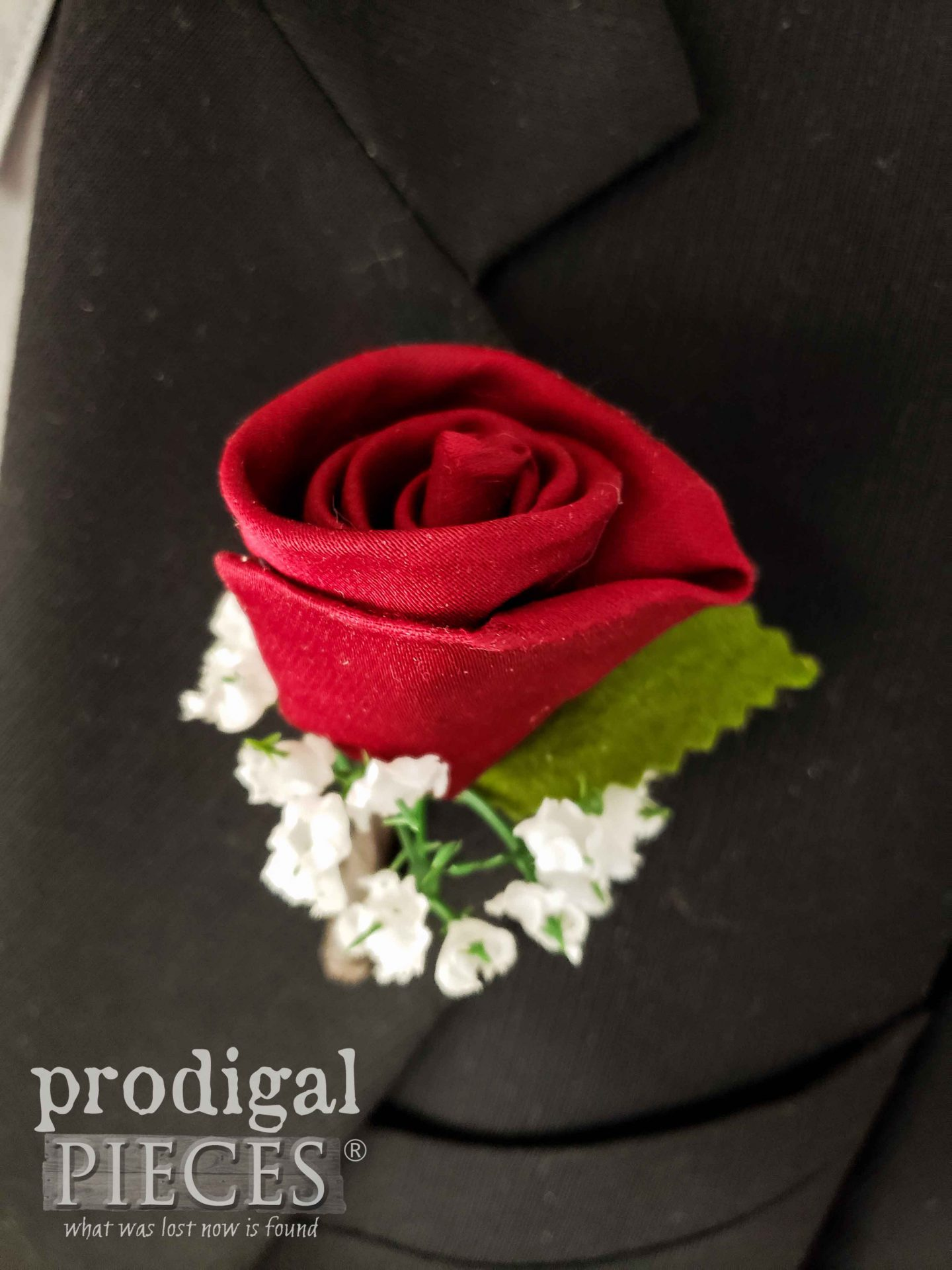 Upcycled Necktie Rosebud Boutonniere Tutorial by Larissa of Prodigal Pieces | prodigalpieces.com #prodigalpieces #rose #fatherday #boutonniere #wedding #accessory