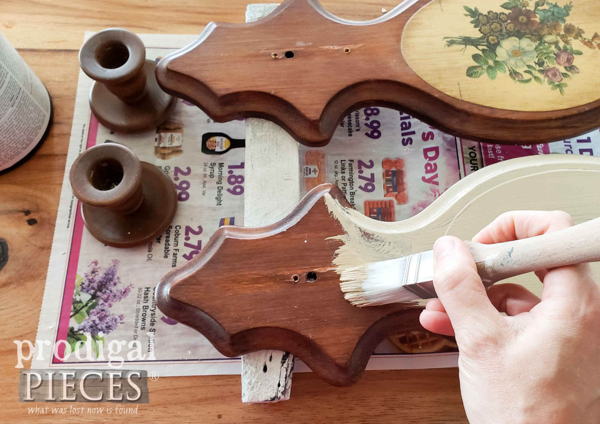 Painting Vintage Candle Sconces | prodigalpieces.com