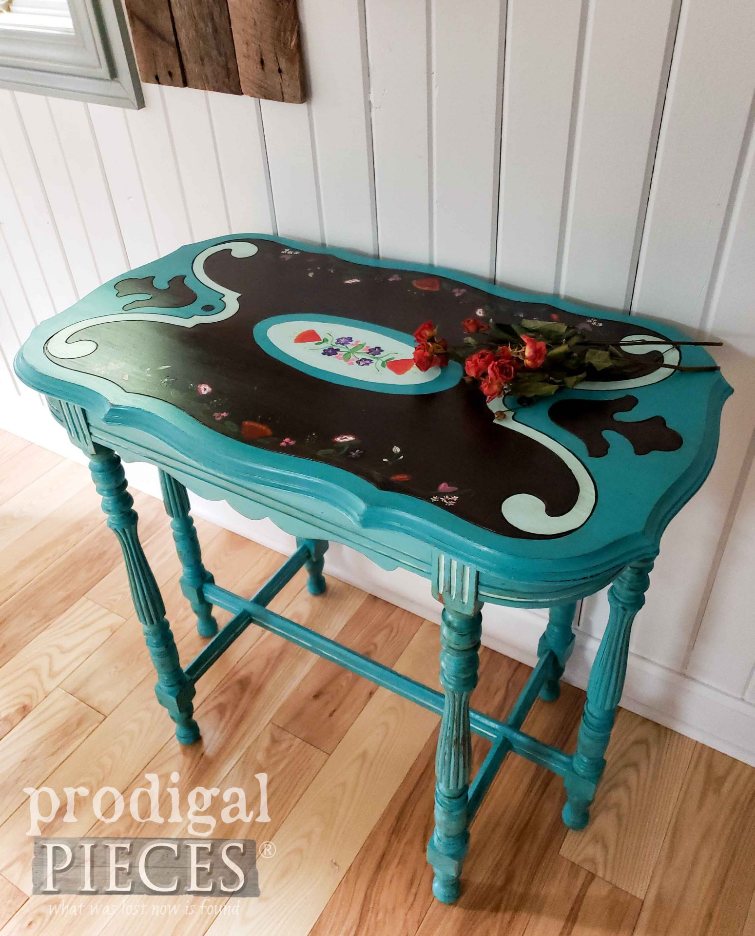 Beautiful Hand-Painted Antique Table Created by Larissa of Prodigal Pieces | prodigalpieces.com #prodigalpieces #antique #furniture #home #homedecor