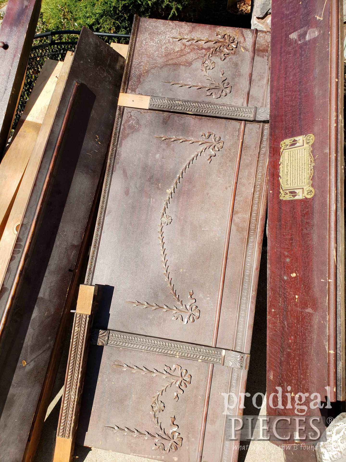 1800's Upright Antique Grand Piano Face   Prodigal Pieces   prodigalpieces.com #prodigalpieces