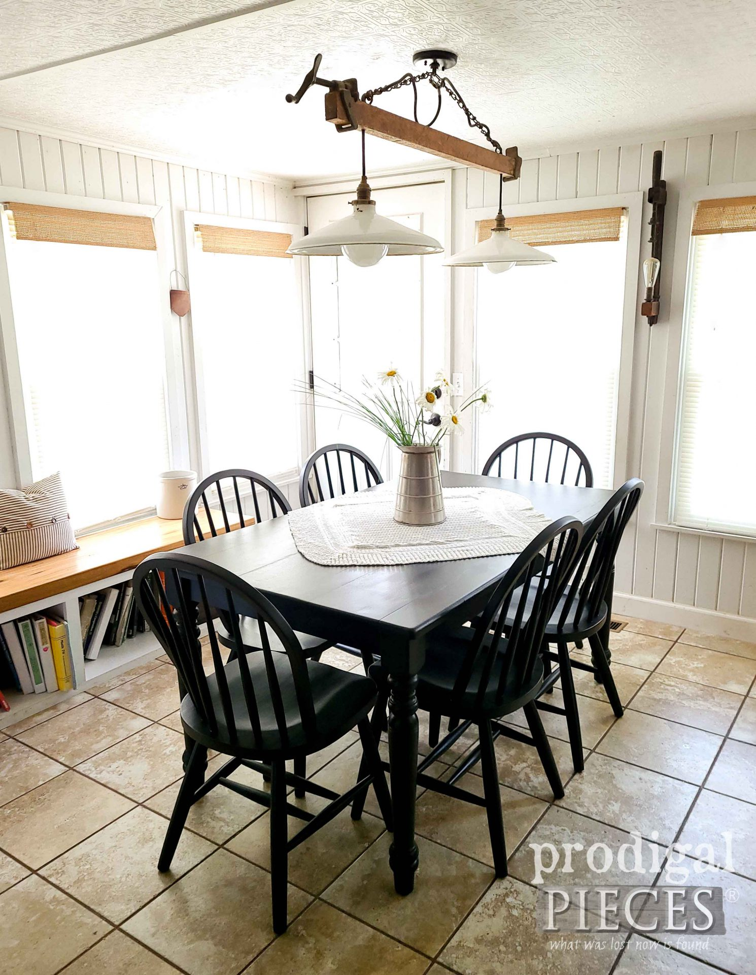 DIY Farmhouse Dining Decor with Windsor Chairs by Larissa of Prodigal Pieces | prodigalpieces.com #prodigalpieces #dining #table #furniture #farmhouse