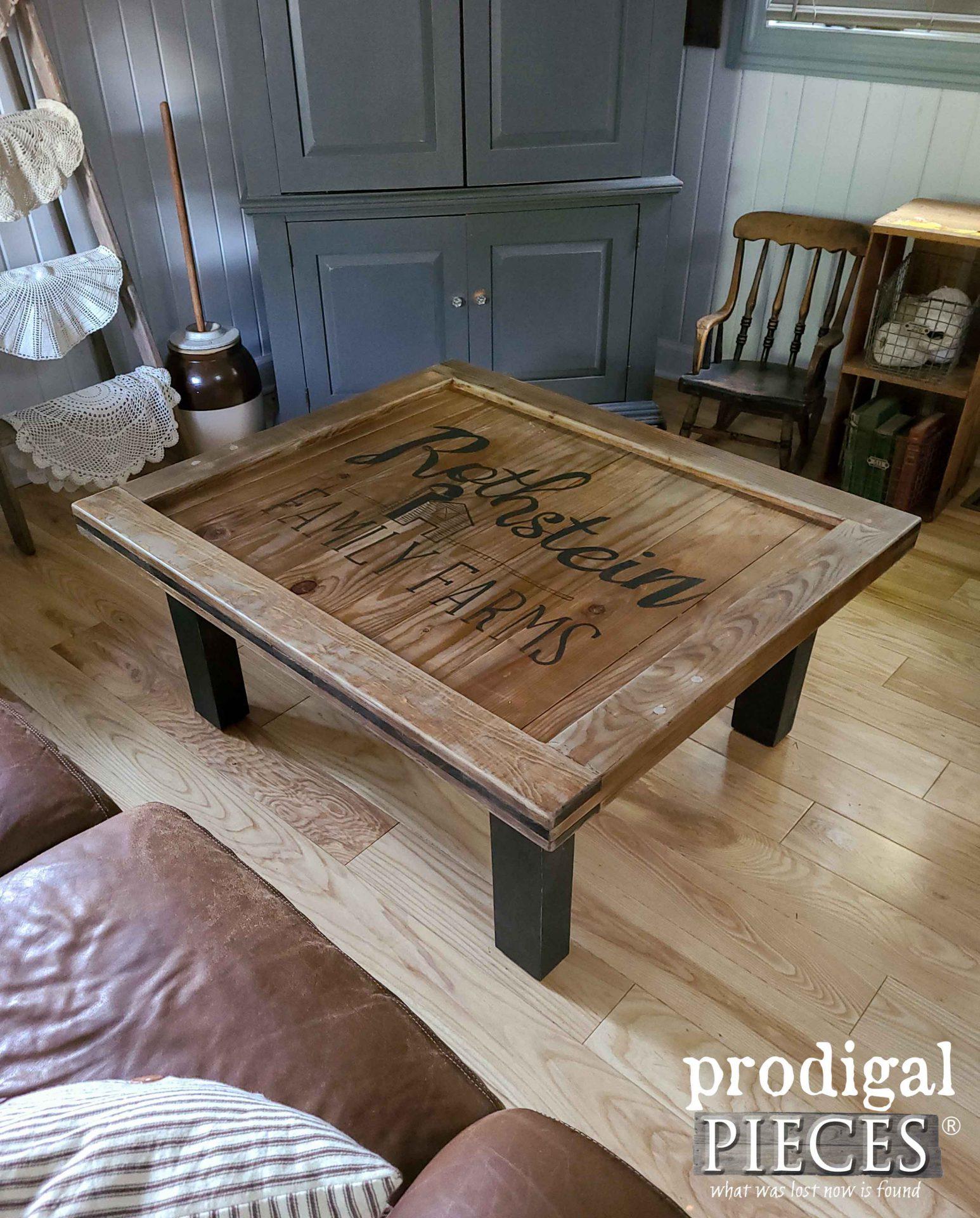 DIY Rustic Farmhouse Coffee Table by Prodigal Pieces   prodigalpieces.com #prodigalpieces #farmhouse #diy #home #homedecor #furniture