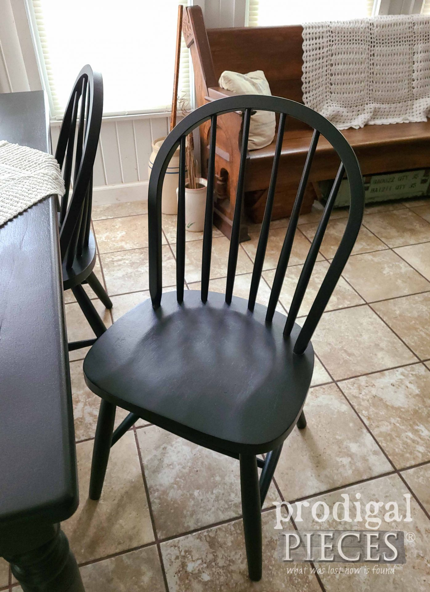 Black Farmhouse Windsor Chair by Larissa of Prodigal Pieces | prodigalpieces.com #prodigalpieces #farmhouse #furniture #home #homedecor