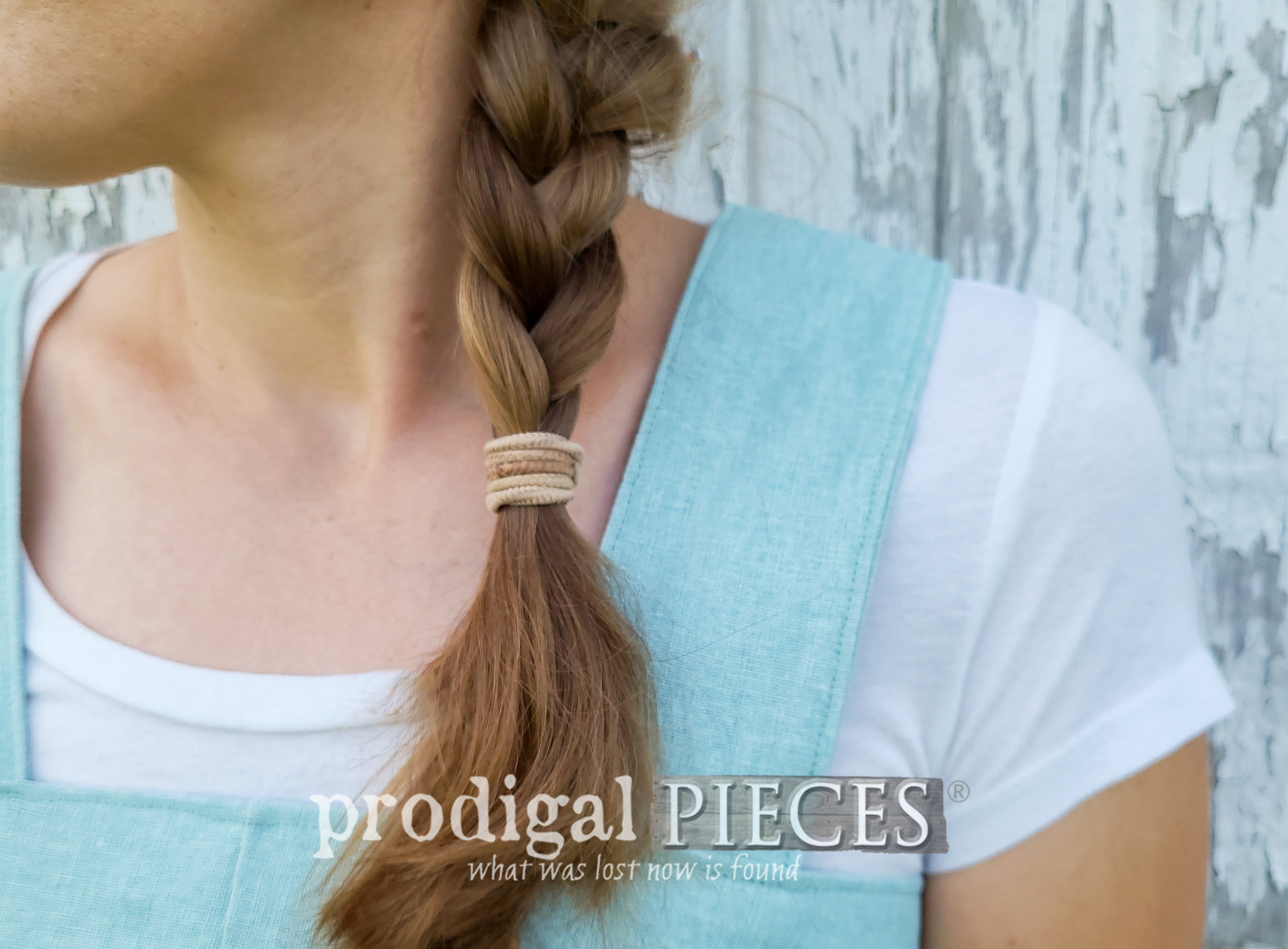 Featured DIY Linen Smock from Upcycled Pants by Larissa of Prodigal Pieces | prodigalpieces.com #prodigalpieces #diy #refashion #clothing #style #women #linen