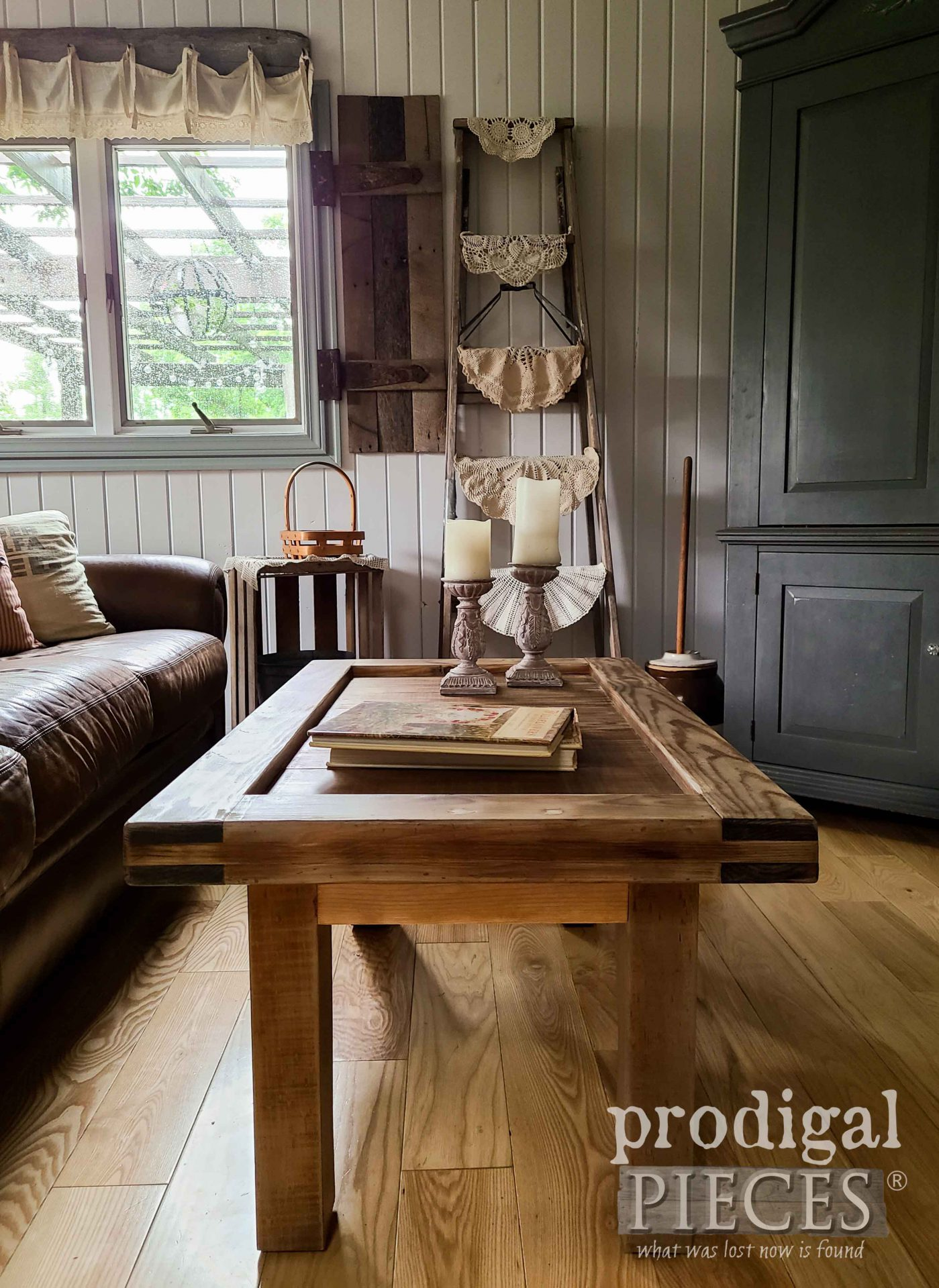Rustic Farmhouse Chic Living Room with Farmhouse Coffee Table by Larissa of Prodigal Pieces | prodigalpieces.com #prodigalpieces #diy #farmhouse #home #homedecor #handmade