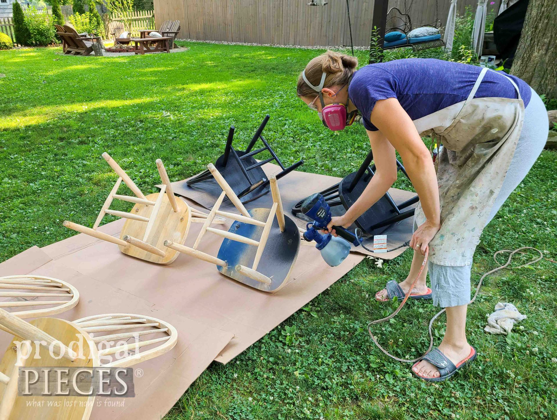 Spray Painting Dining Chairs with HomeRight Super Finish Max | prodigalpieces.com