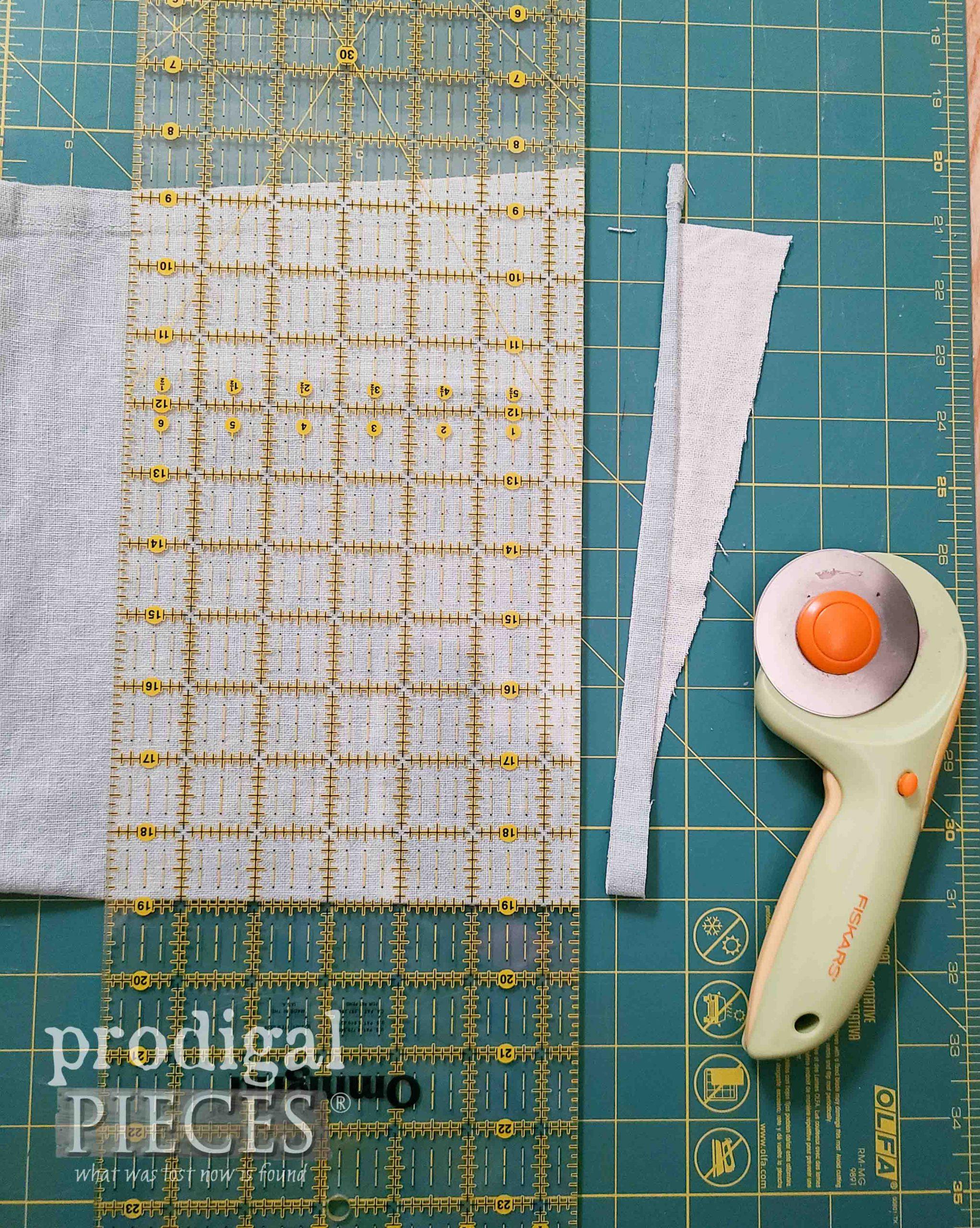 Squaring Linen Fabric for DIY Linen Smock | prodigalpieces.com