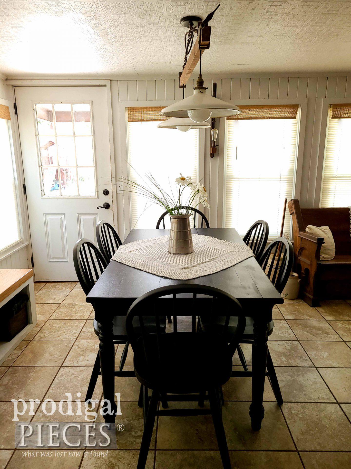Vintage Windsor Farmhouse Dining Table Set by Larissa of Prodigal Pieces | prodigalpieces.com #prodigalpieces #diy #home #homedecor #furniture