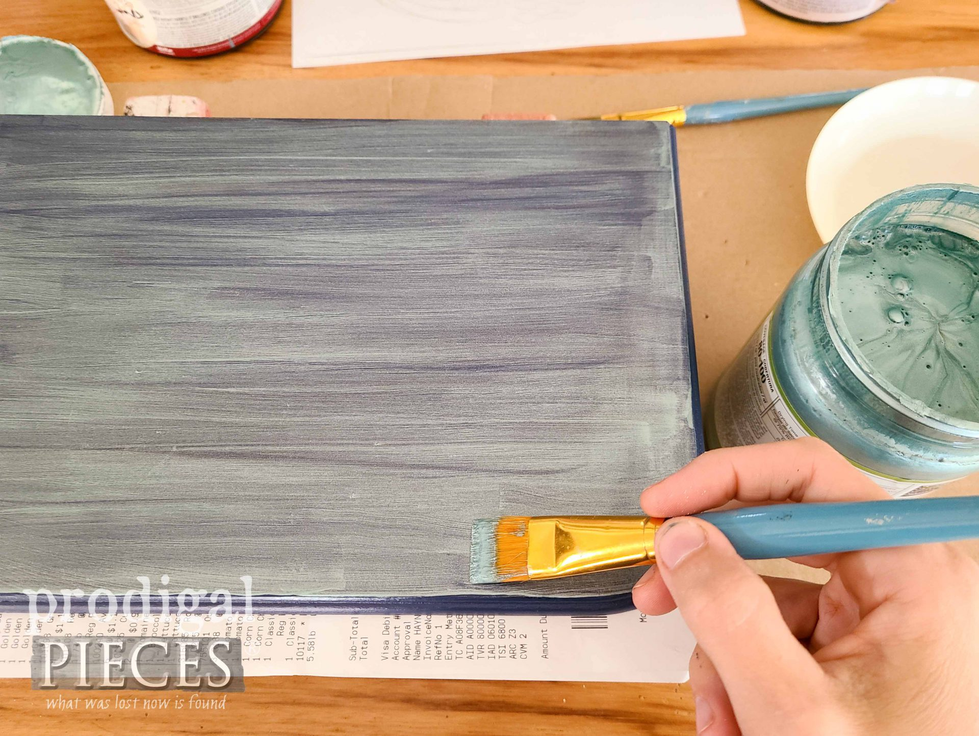 Painting Metallic Paint on Vintage Jewelry Box | prodigalpieces.com