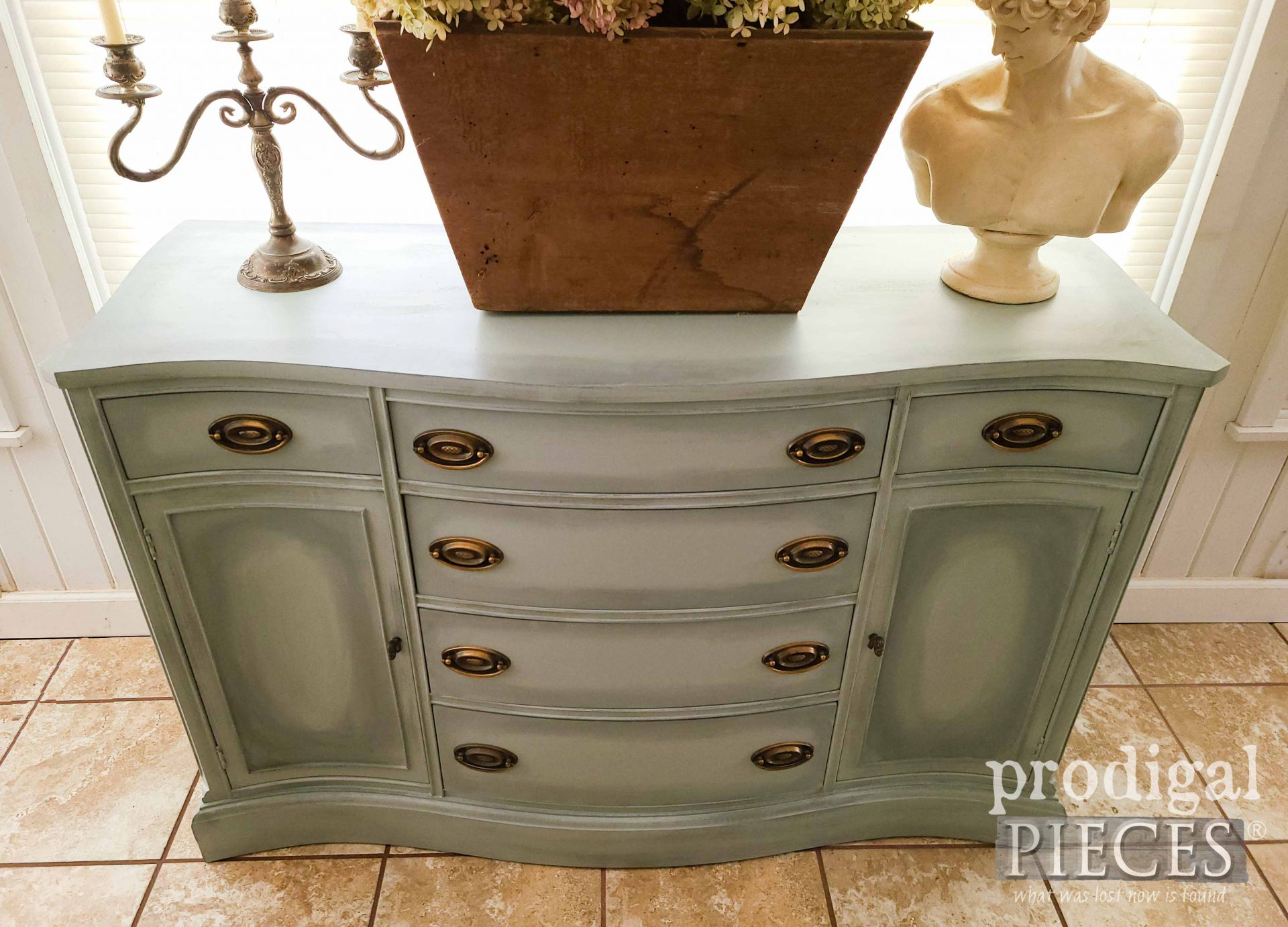 Top View of Vintage Bassett Buffet by Larissa of Prodigal Pieces | prodigalpieces.com #prodigalpieces #furniture #home #homedecor