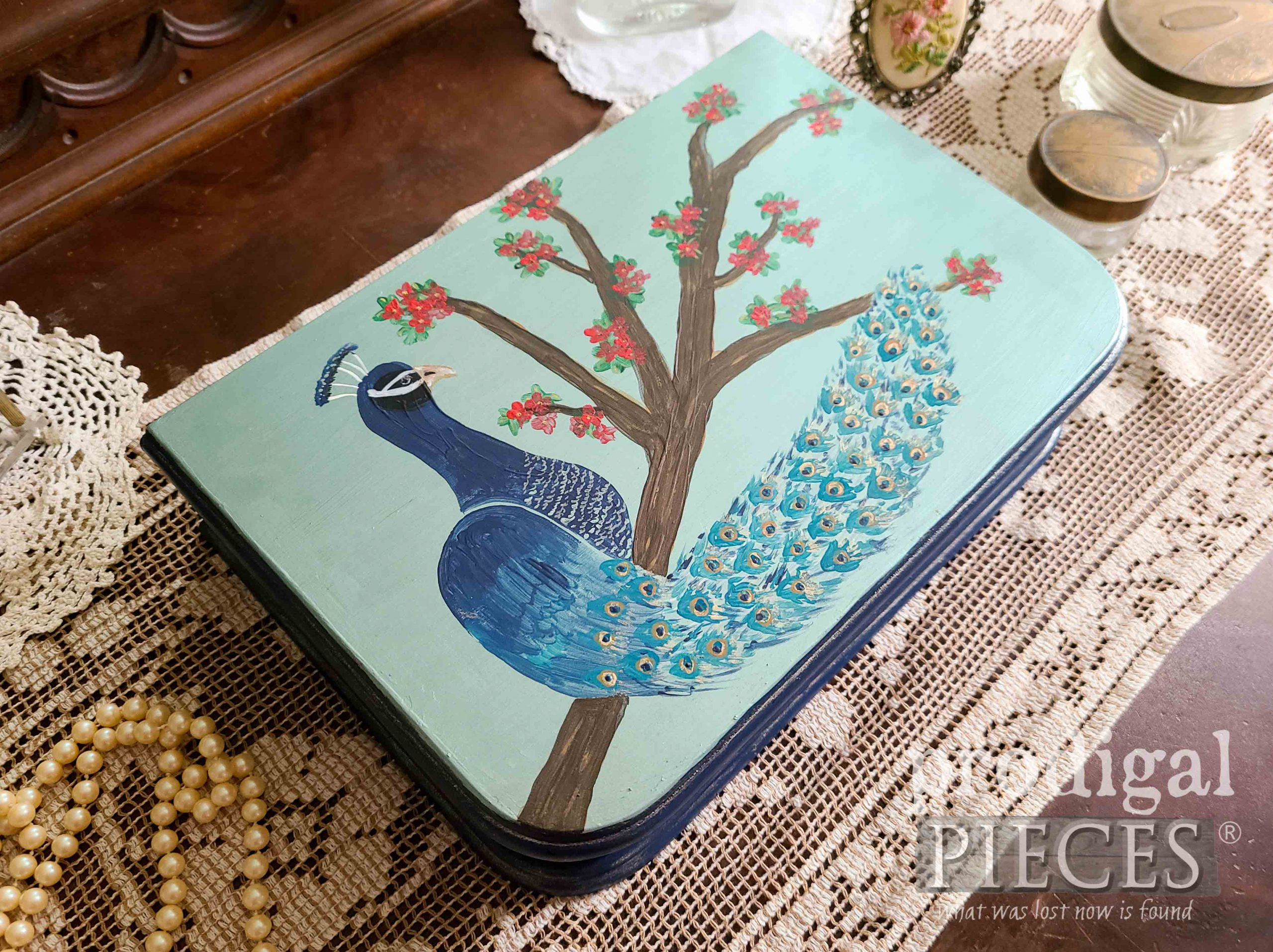 Blue Peacock Jewelry Box by Larissa of Prodigal Pieces | prodigalpieces.com #prodigalpieces #jewelry #vintage #handmade #home #homedecor