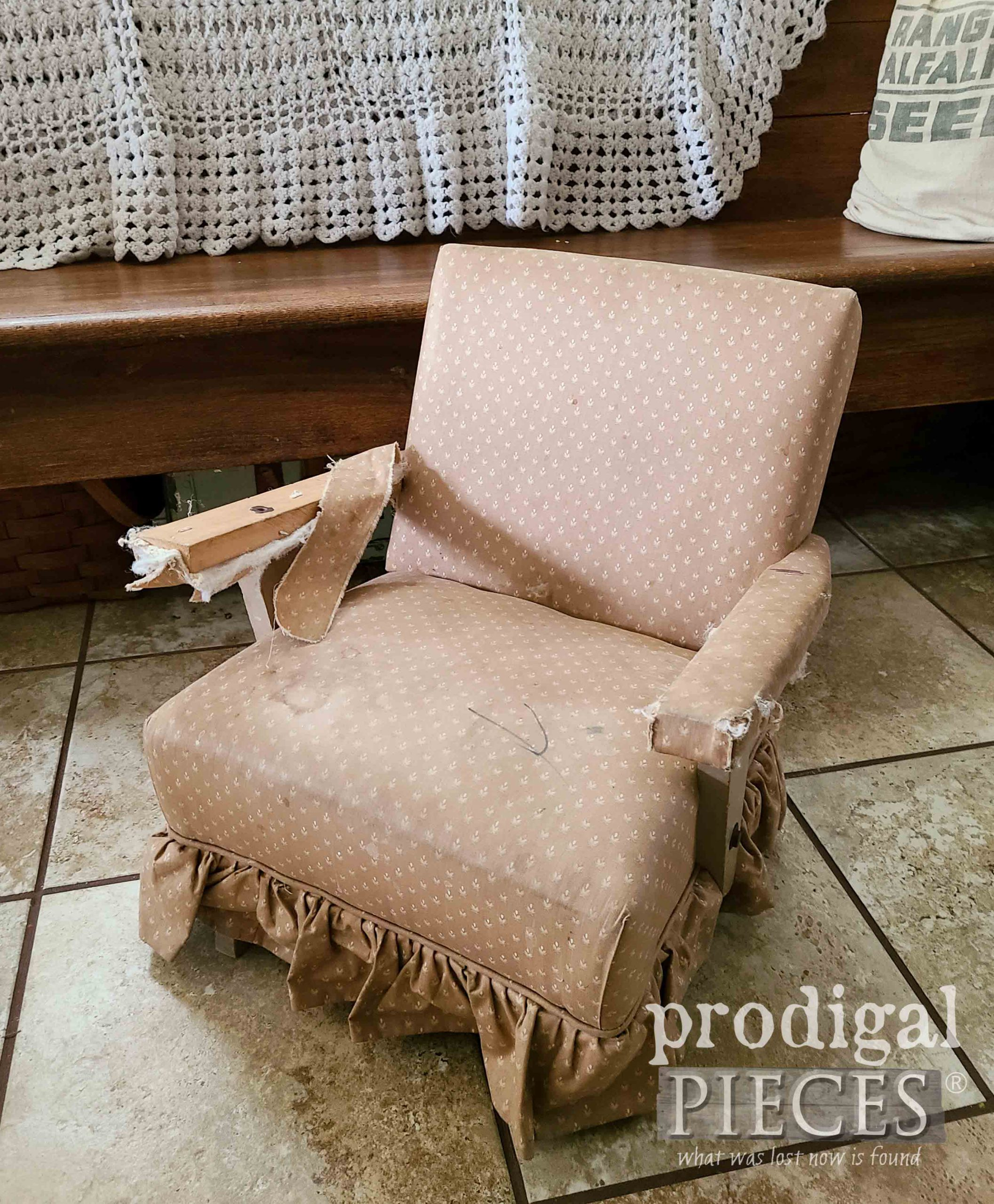 Child's Rocking Chair Before Makeover by Larissa of Prodigal Pieces | prodigalpieces.com #prodigalpieces