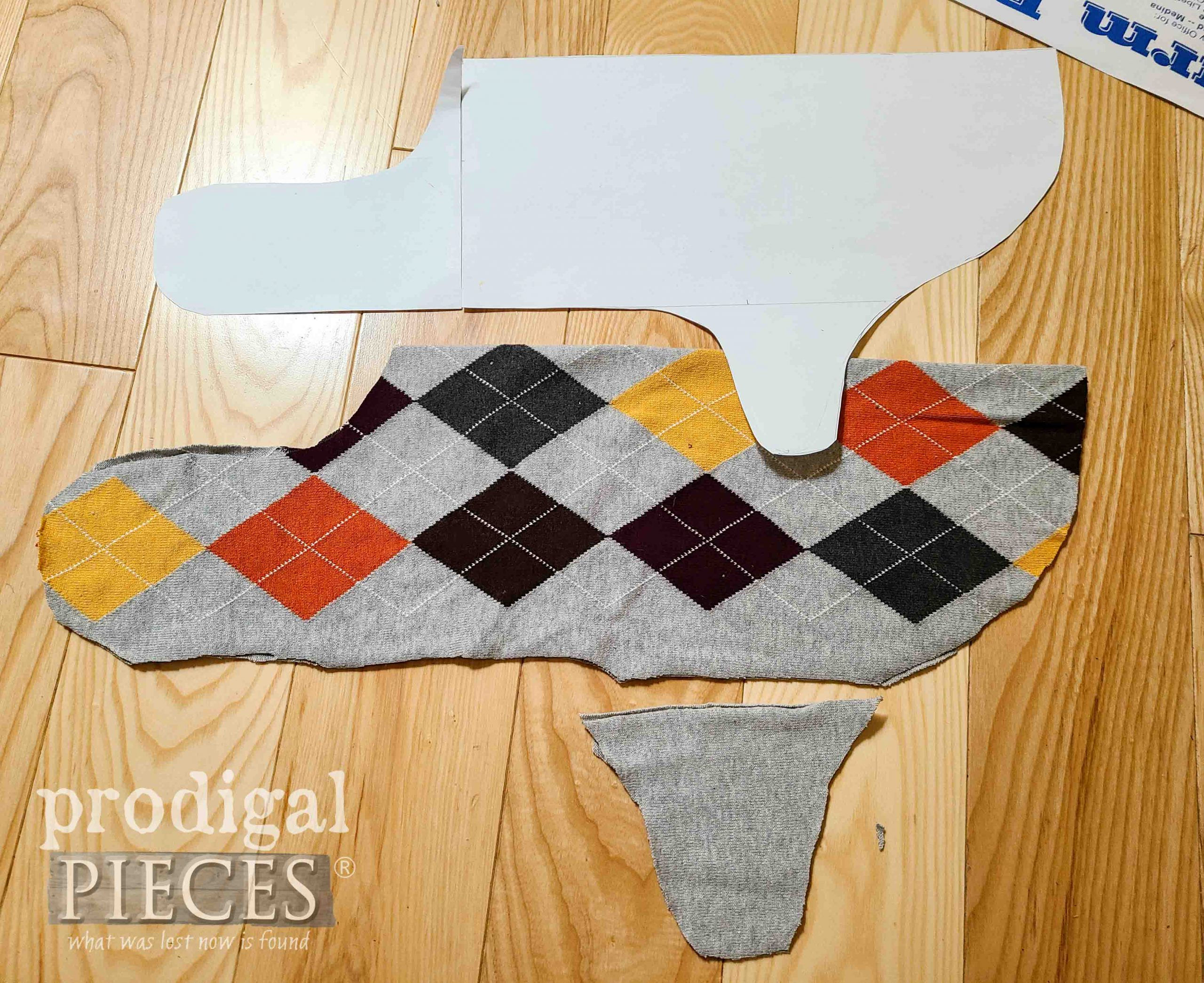 DIY Dog Coat Pieces with Pattern by Prodigal Pieces | prodigalpieces.com #prodigalpieces
