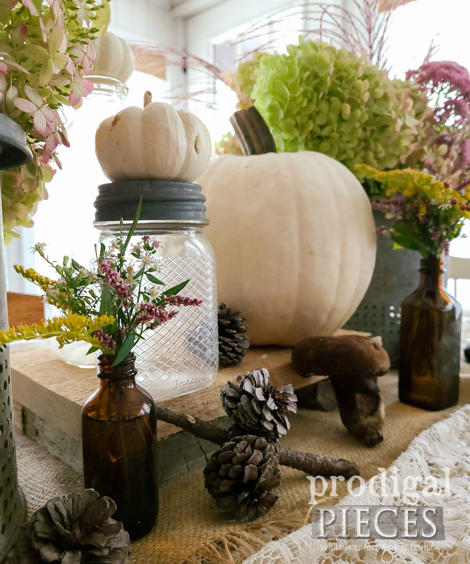 Farmhouse Style Fall Tablescape with Natural & Thrifted Elements by Larissa of Prodigal Pieces | prodigalpieces.com #prodigalpieces #diy #home #fall #farmhouse #homedecor