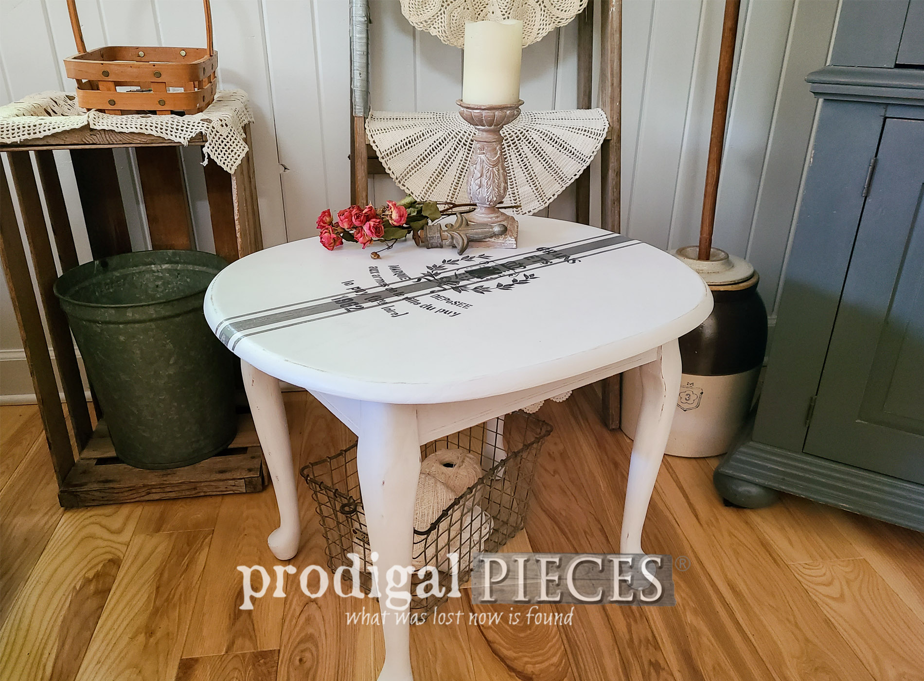 Featured Painted Side Table with Grain Sack Design by Larissa of Prodigal Pieces | prodigalpieces.com #prodigalpieces #furniture #farmhouse #diy #home #homedecor