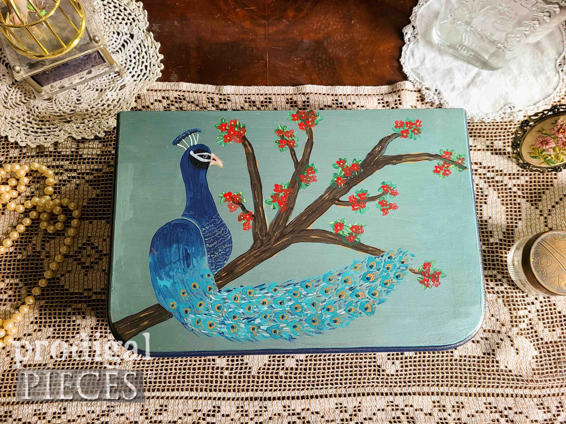Beautiful Hand-Painted Peacock Jewelry Box by Larissa of Prodigal Pieces | prodigalpieces.com #prodigalpieces #diy #home #homedecor #art